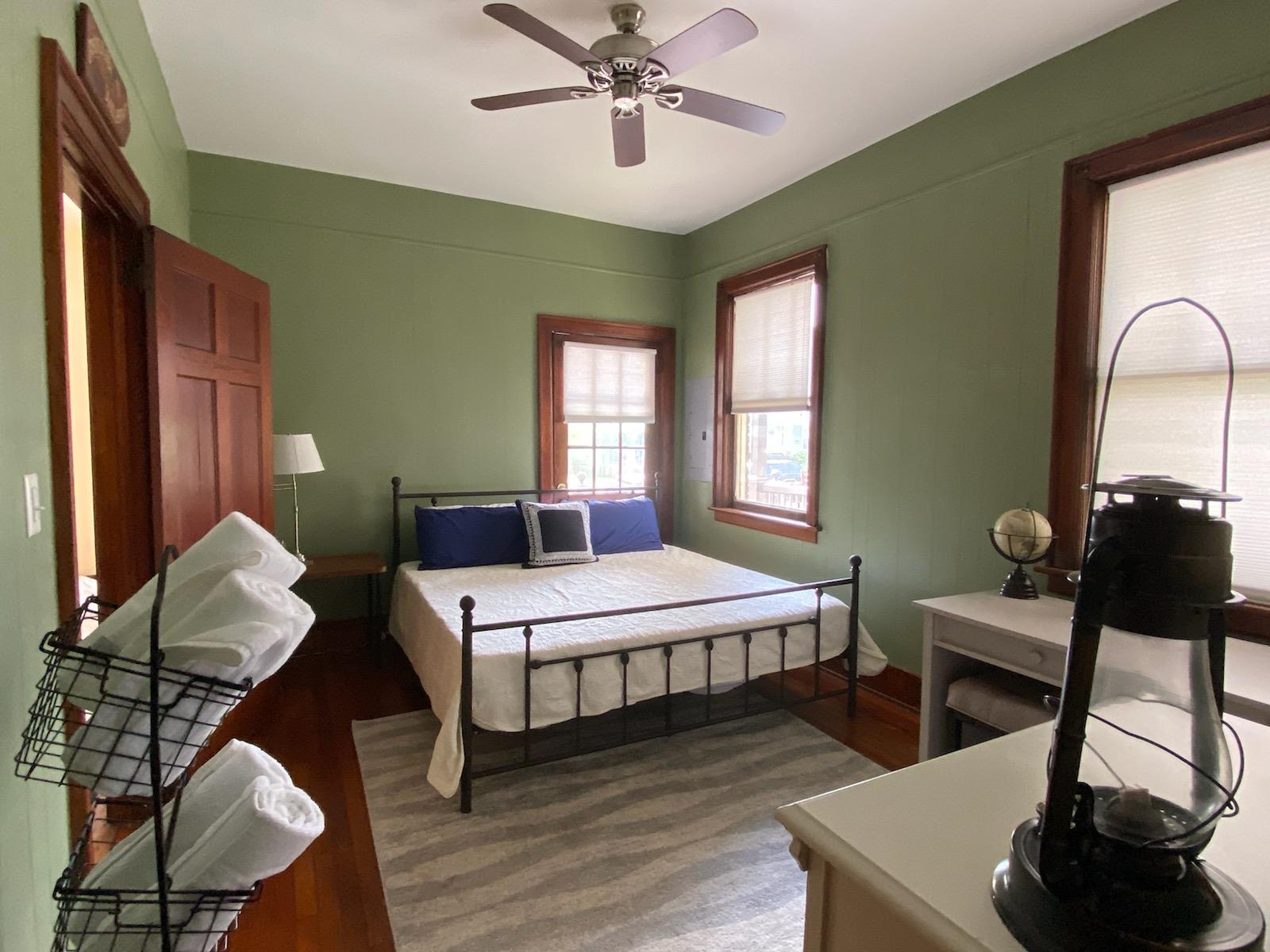 Wagener Terrace Homes For Sale - 927 Rutledge, Charleston, SC - 6