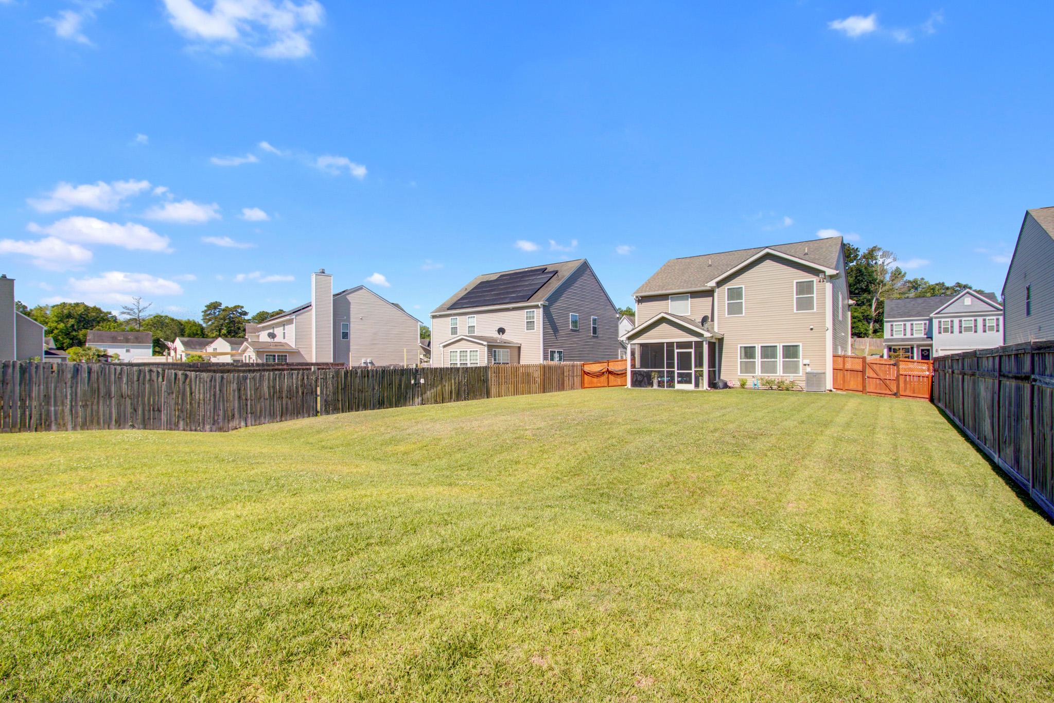 Sunnyfield Homes For Sale - 203 Medford, Summerville, SC - 2
