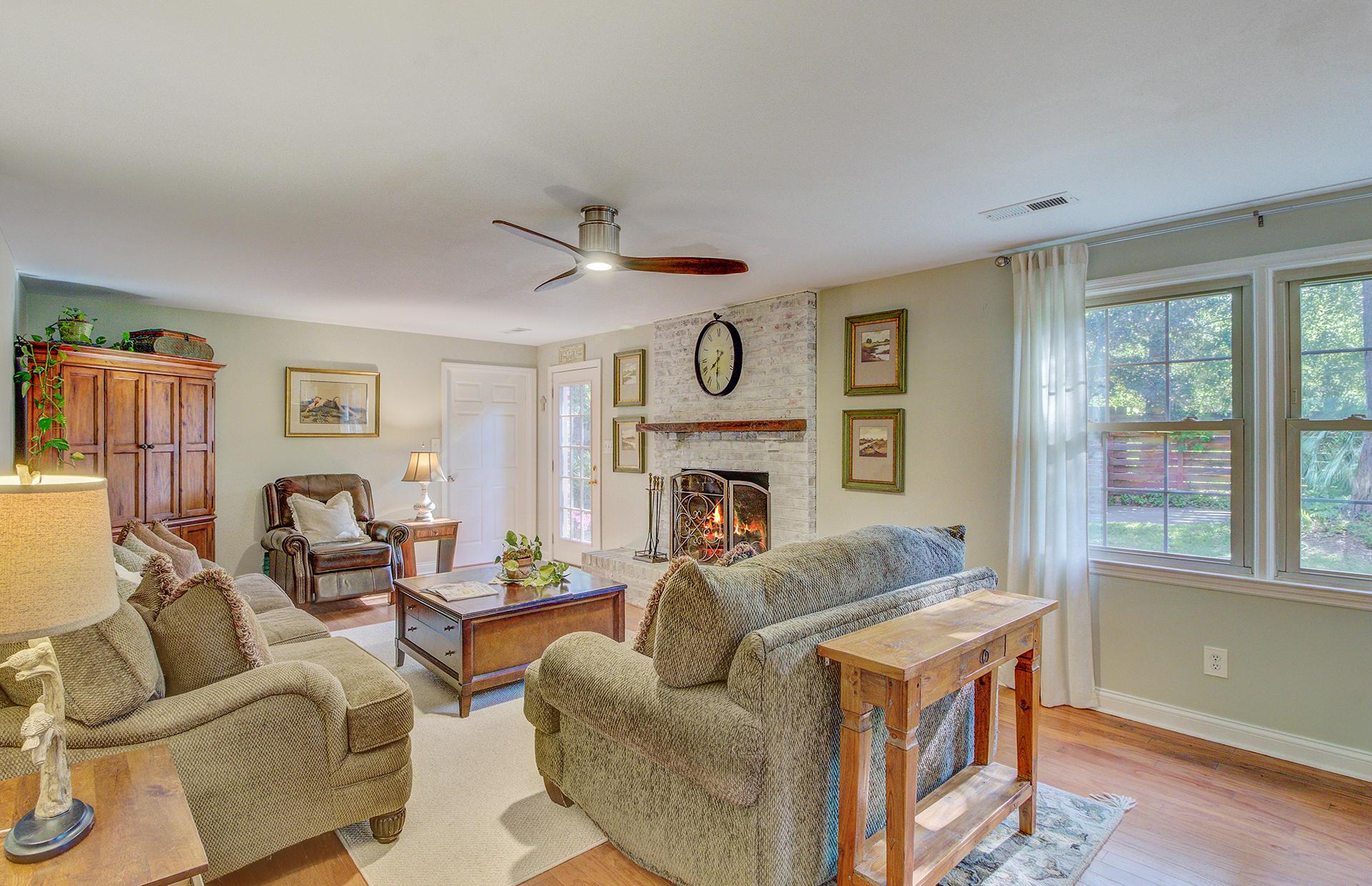 Pine Forest Inn Homes For Sale - 543 Simmons, Summerville, SC - 53