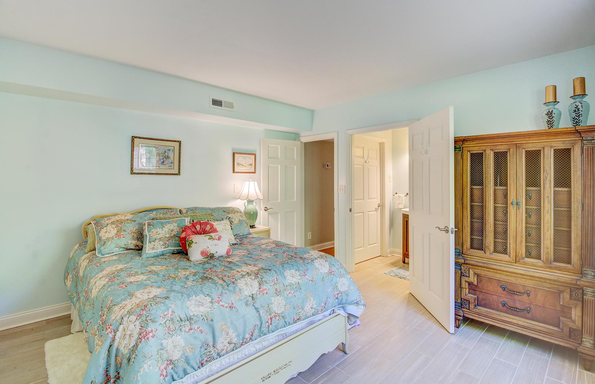 Pine Forest Inn Homes For Sale - 543 Simmons, Summerville, SC - 58