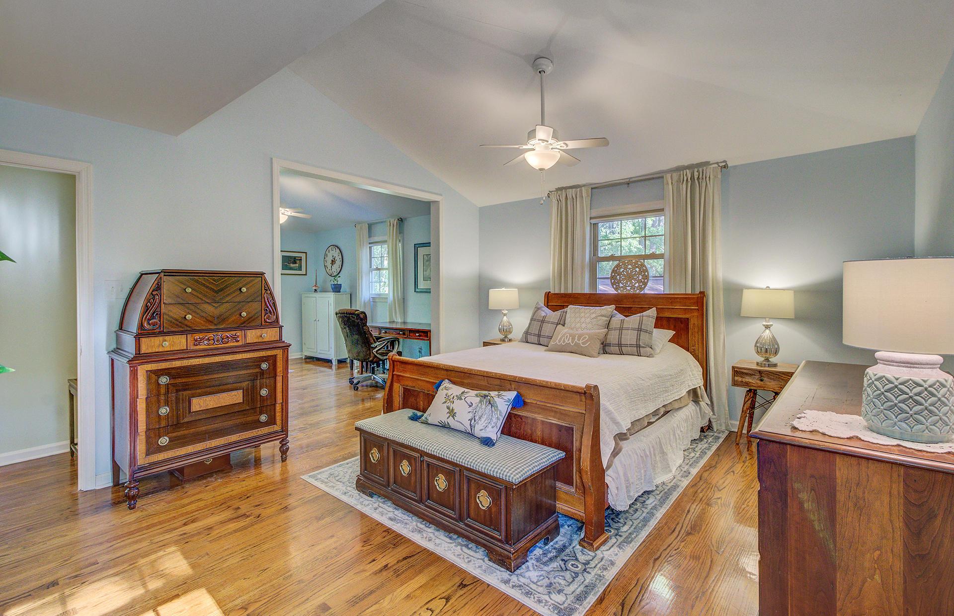 Pine Forest Inn Homes For Sale - 543 Simmons, Summerville, SC - 64