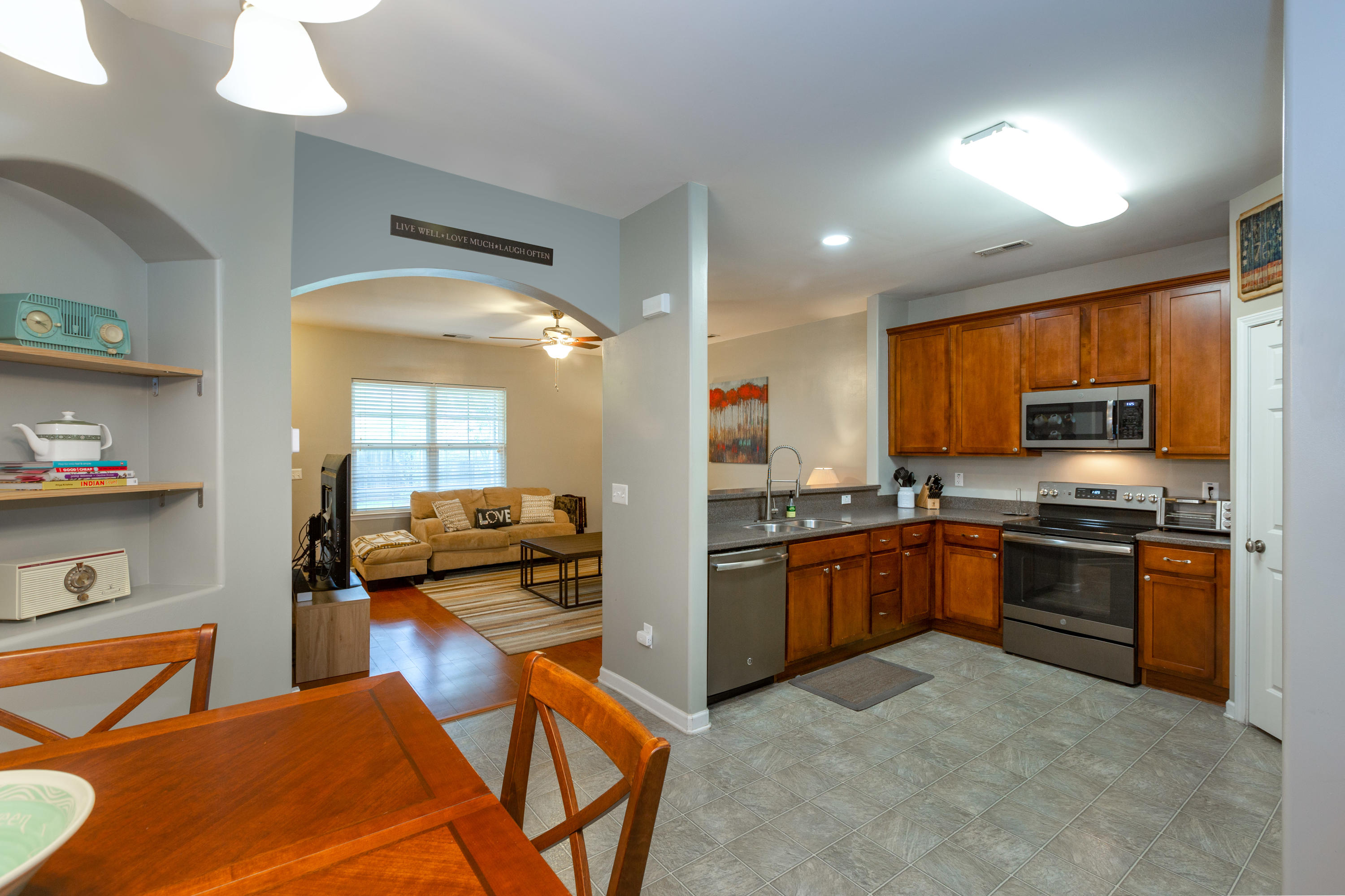 Berkeley Commons Townhomes Homes For Sale - 113 Lamplighter, Summerville, SC - 27