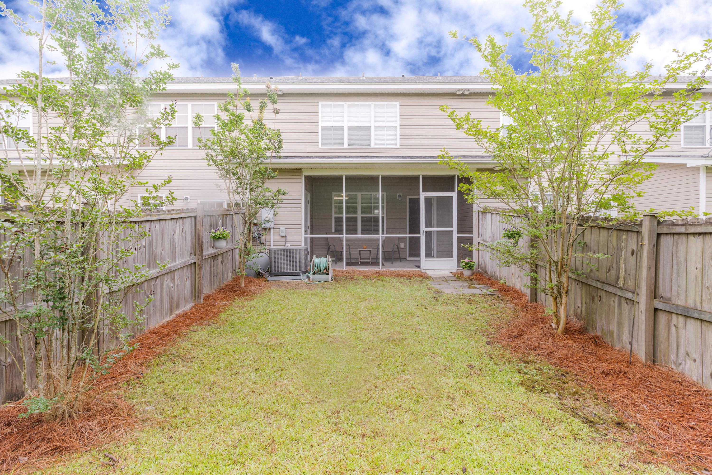 Berkeley Commons Townhomes Homes For Sale - 113 Lamplighter, Summerville, SC - 0