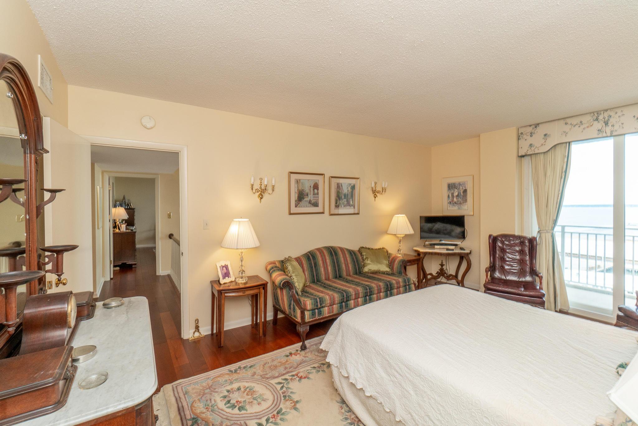 Dockside Homes For Sale - 330 Concord, Charleston, SC - 36