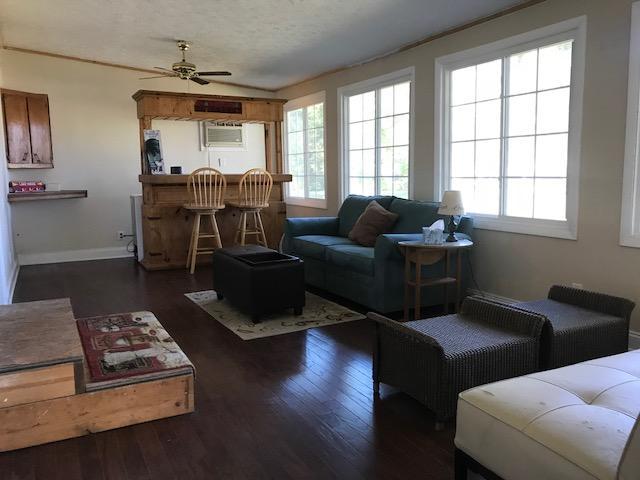 Dubois Homes For Sale - 718 Hildebrand, Bonneau, SC - 29