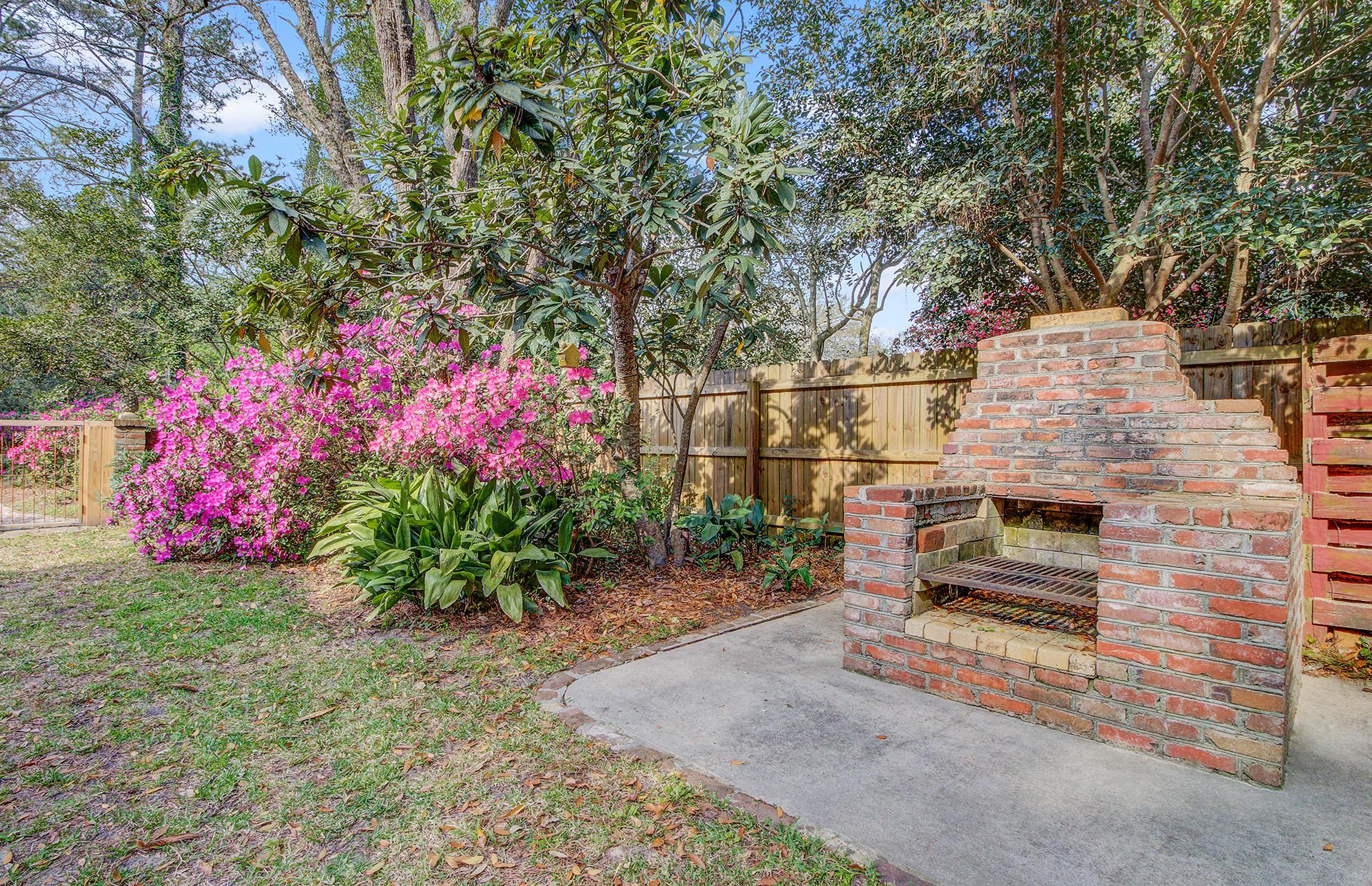 Pine Forest Inn Homes For Sale - 543 Simmons, Summerville, SC - 3