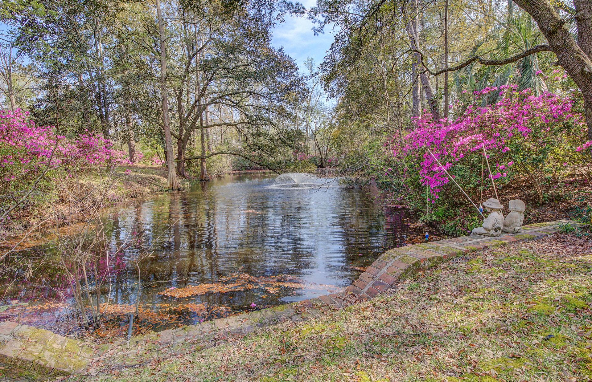 Pine Forest Inn Homes For Sale - 543 Simmons, Summerville, SC - 13