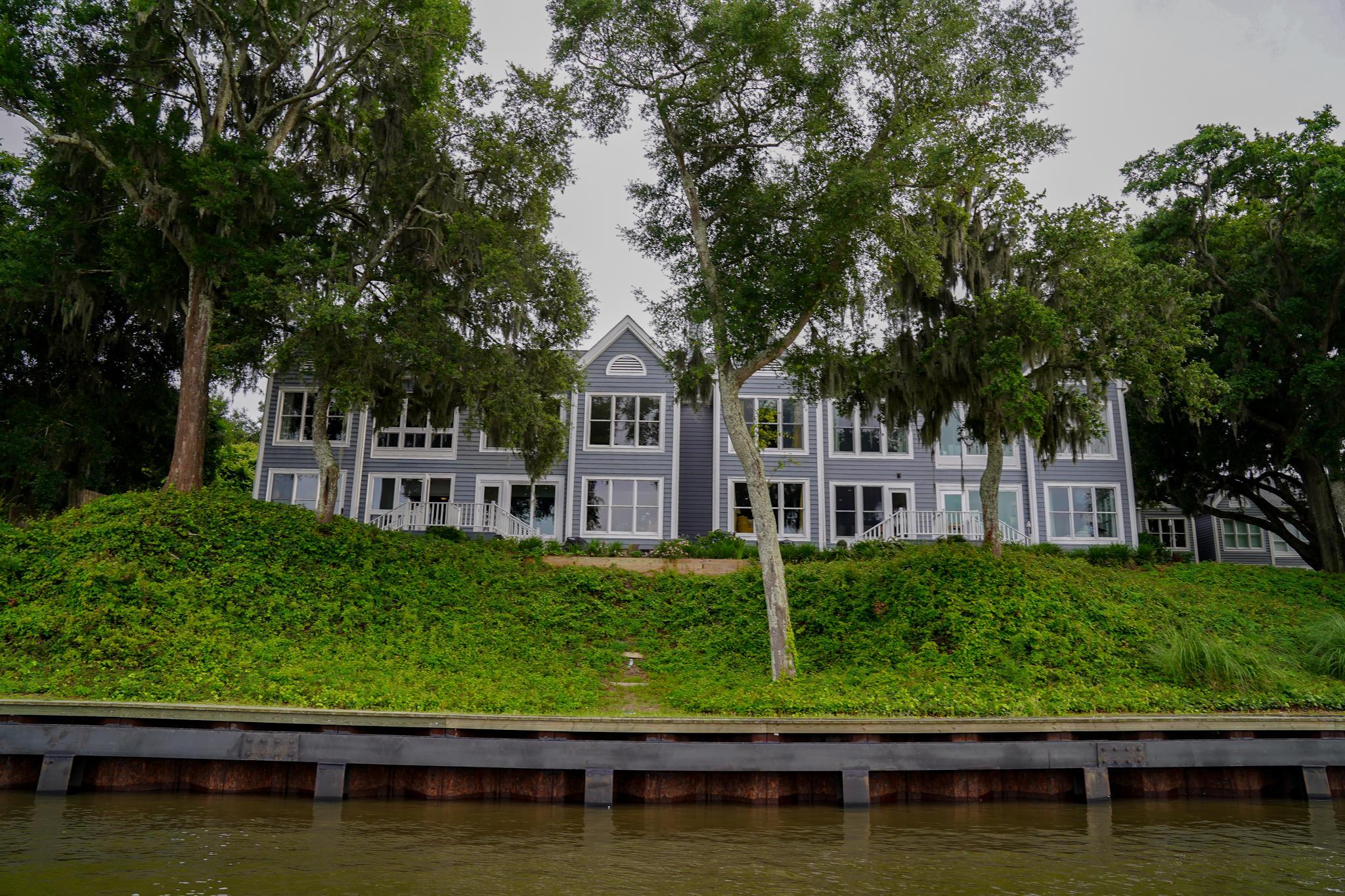 Waterfront Plantation Homes For Sale - 112 Waterfront Plantation, Charleston, SC - 1