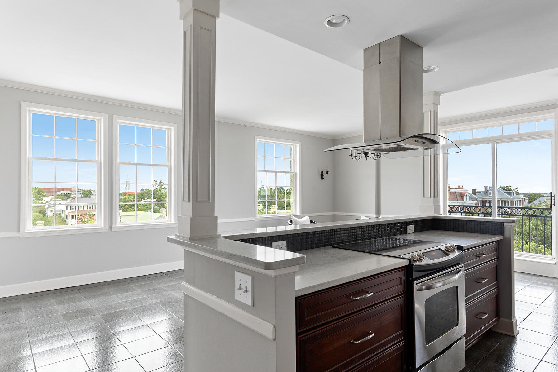 South of Broad Homes For Sale - 1 King, Charleston, SC - 15