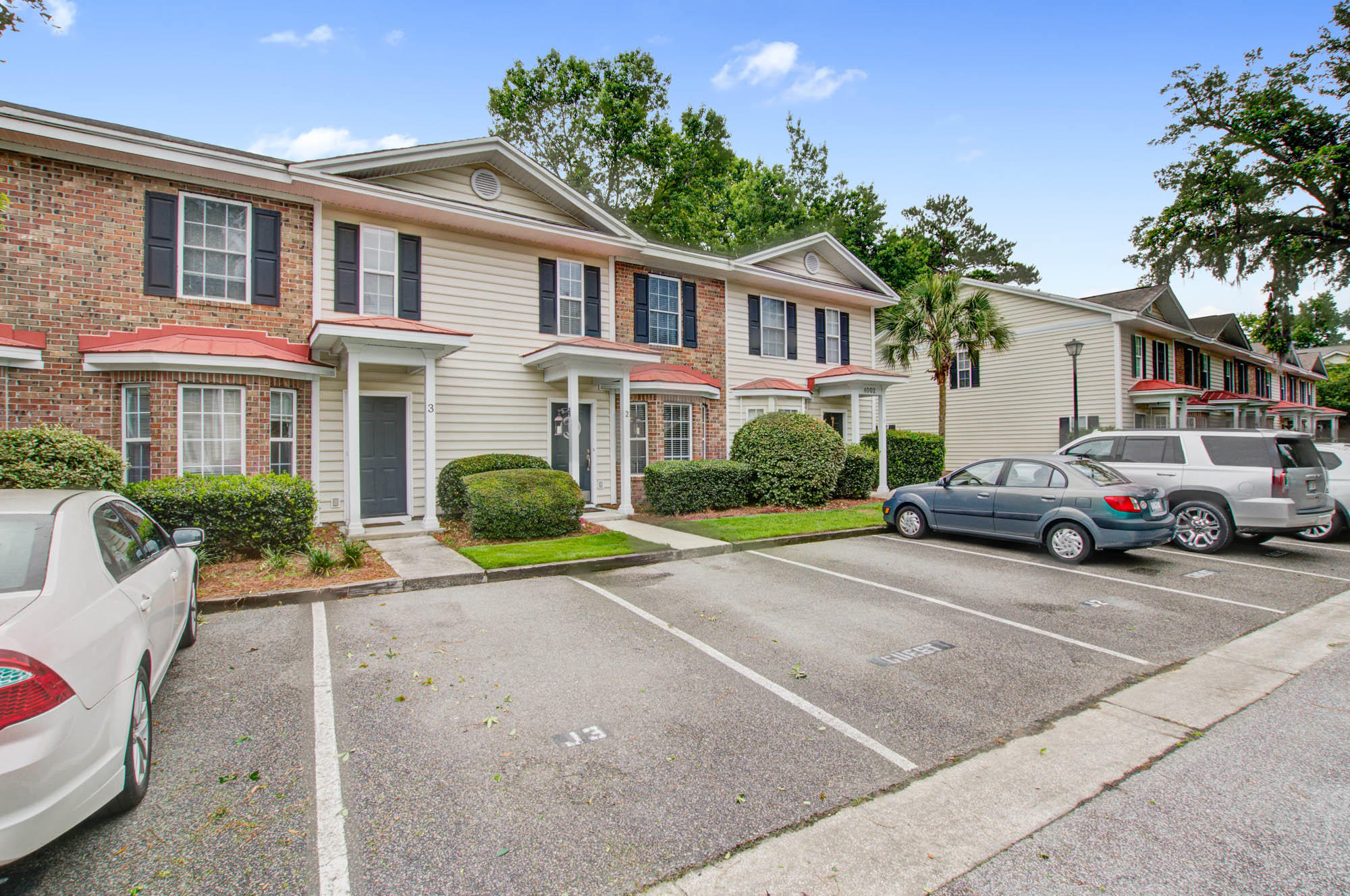 Radcliffe Place Homes For Sale - 4002 Radcliffe, Charleston, SC - 1