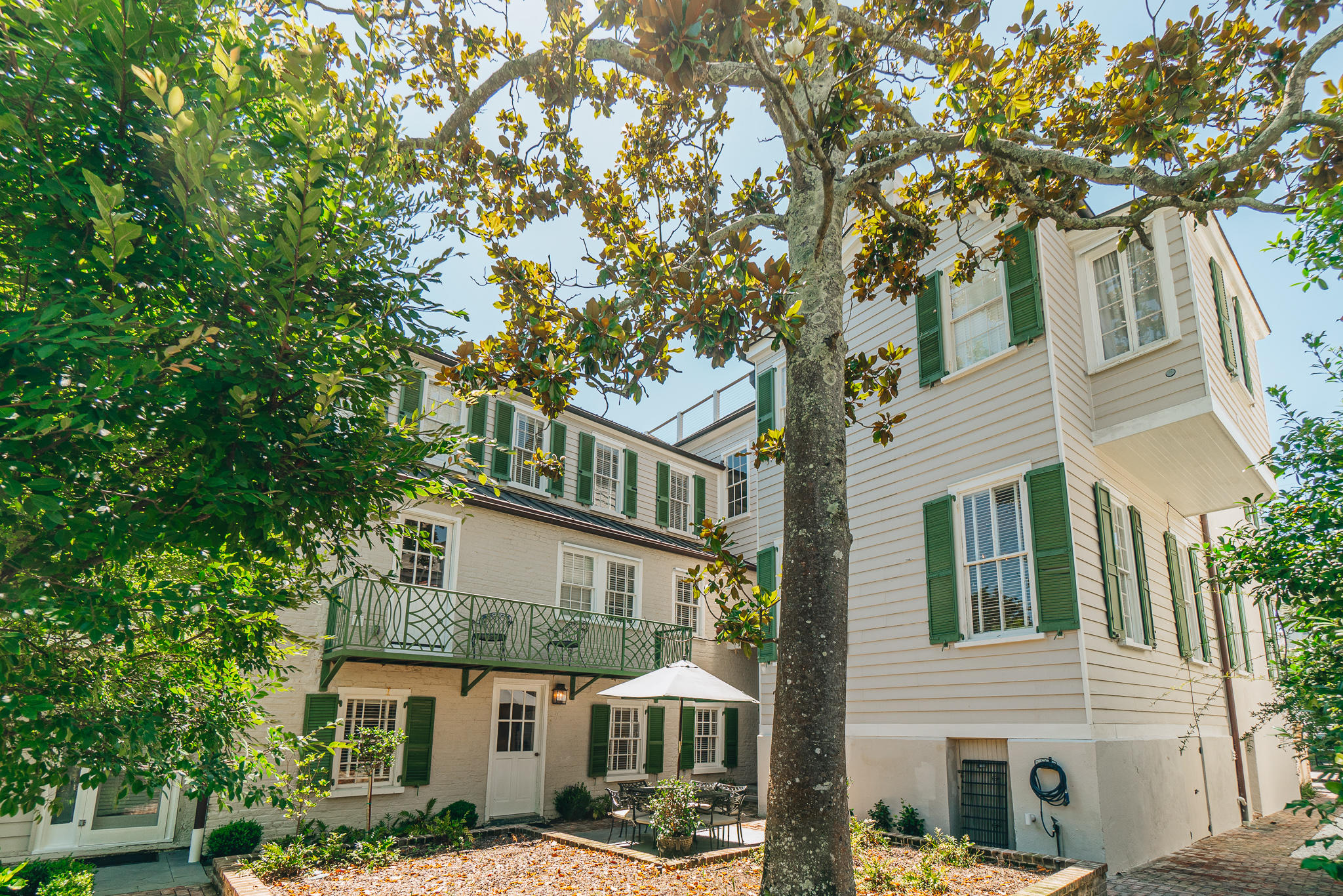 South of Broad Homes For Sale - 44 Battery, Charleston, SC - 4
