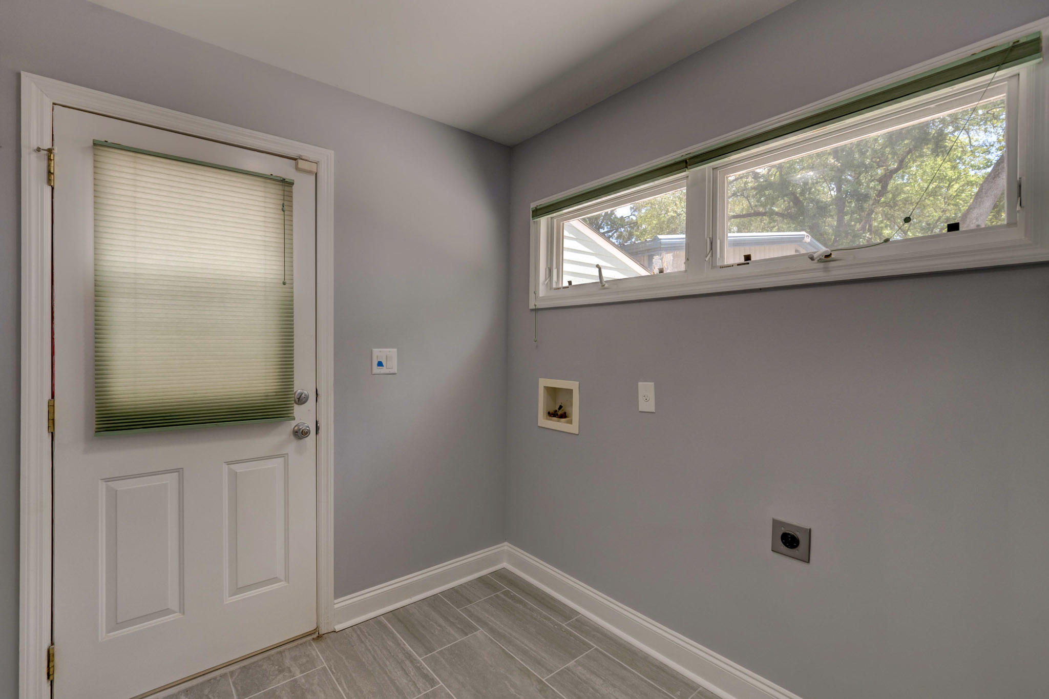 Covington Hills Homes For Sale - 5886 Ryans Bluff, North Charleston, SC - 26