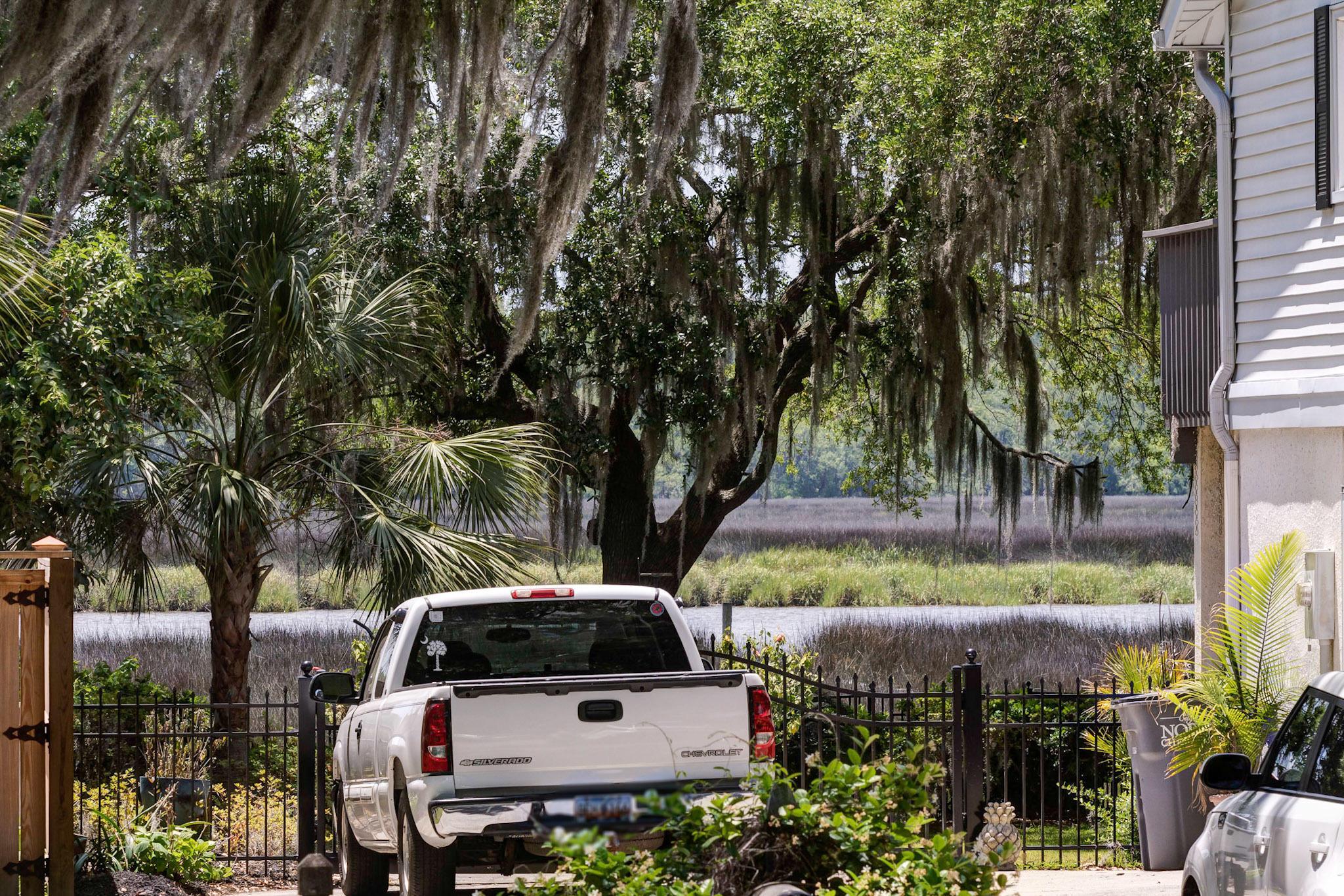 Covington Hills Homes For Sale - 5886 Ryans Bluff, North Charleston, SC - 1