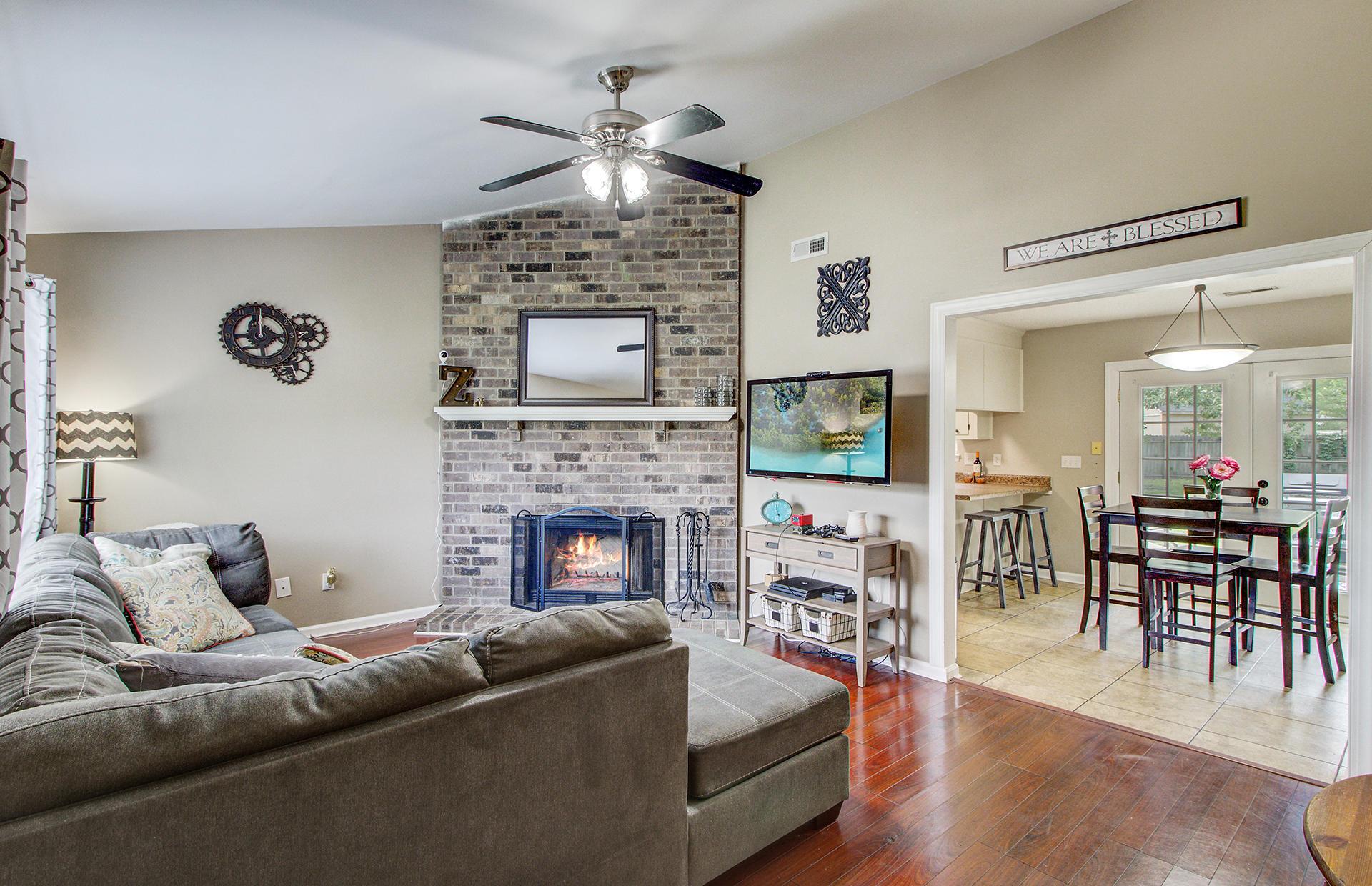 Reindeer Woods Homes For Sale - 2760 Donner, North Charleston, SC - 17