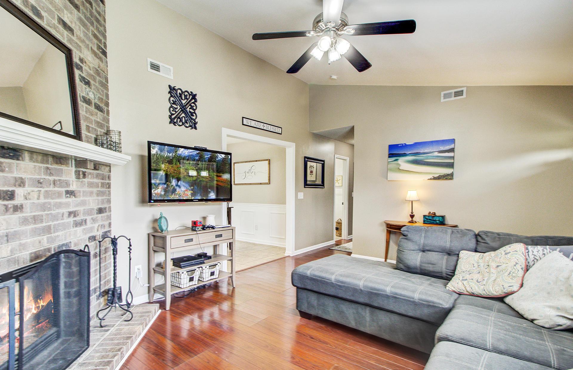 Reindeer Woods Homes For Sale - 2760 Donner, North Charleston, SC - 19