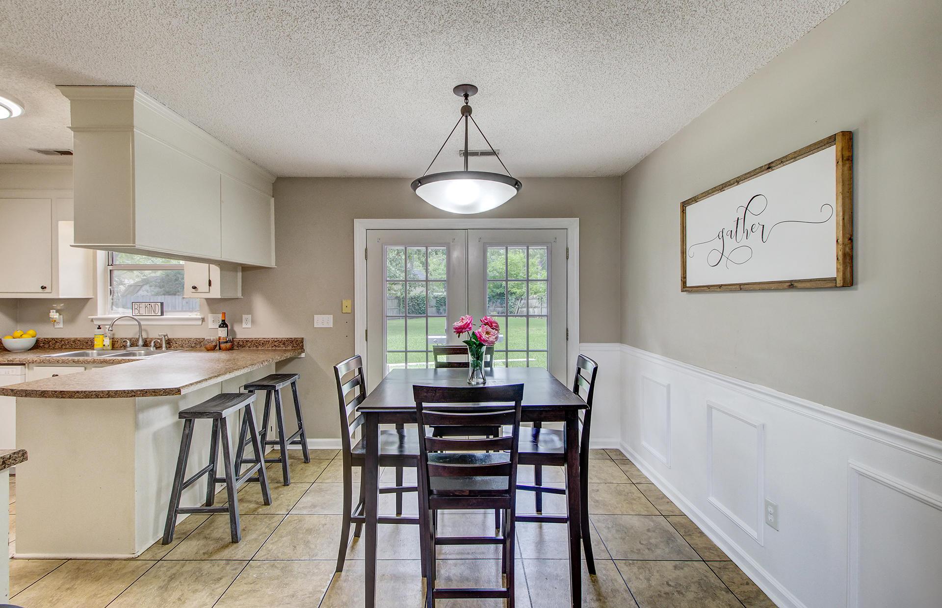Reindeer Woods Homes For Sale - 2760 Donner, North Charleston, SC - 20