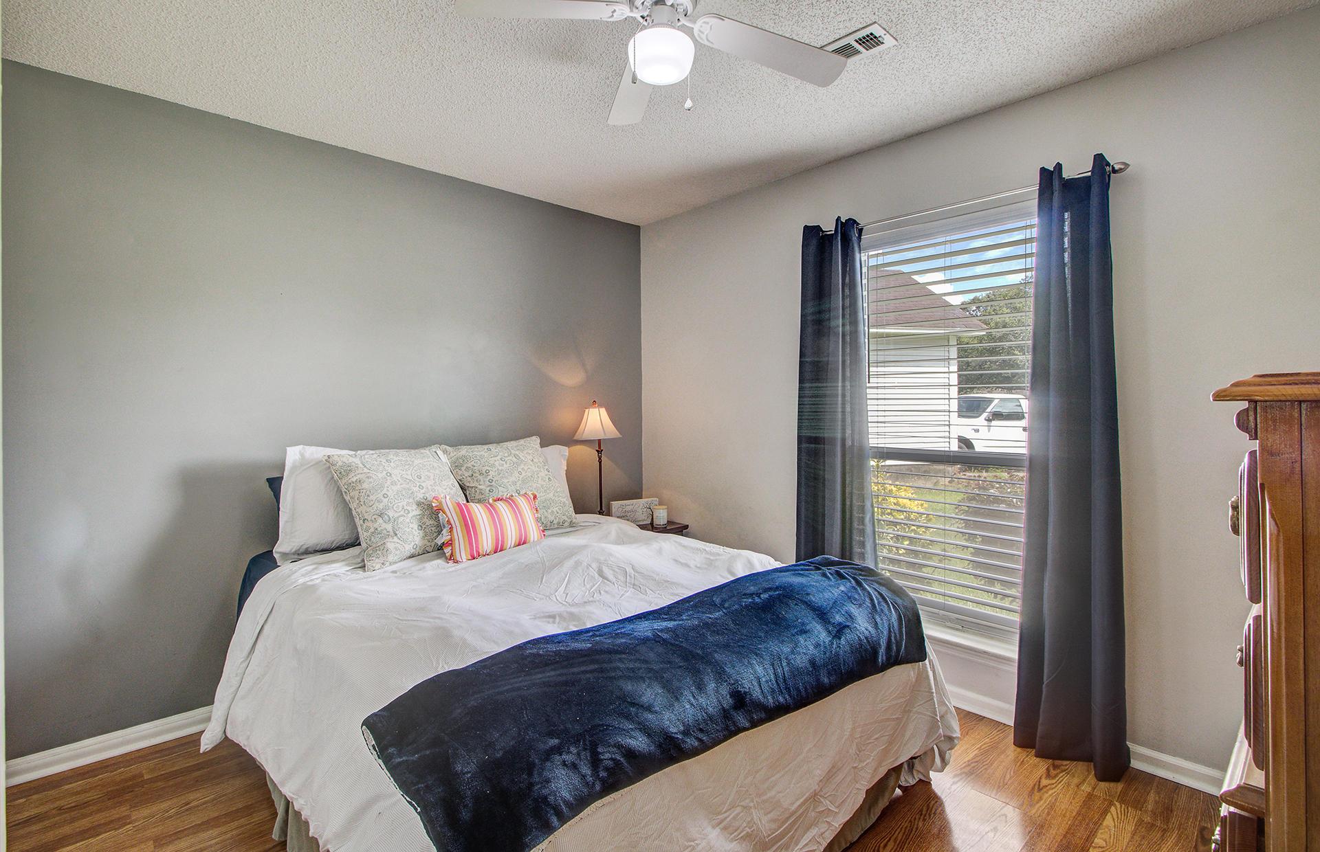 Reindeer Woods Homes For Sale - 2760 Donner, North Charleston, SC - 3