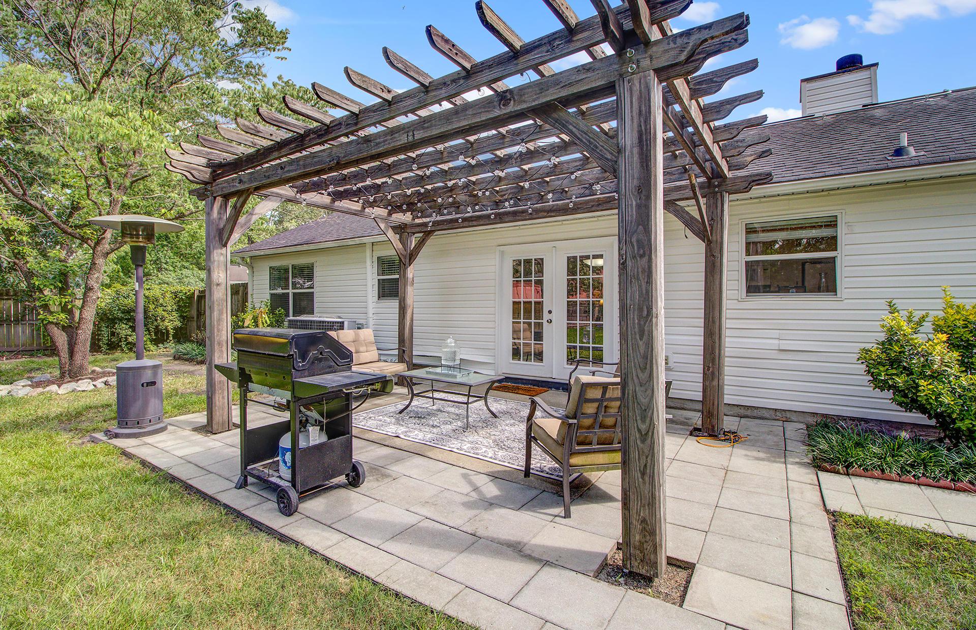 Reindeer Woods Homes For Sale - 2760 Donner, North Charleston, SC - 6
