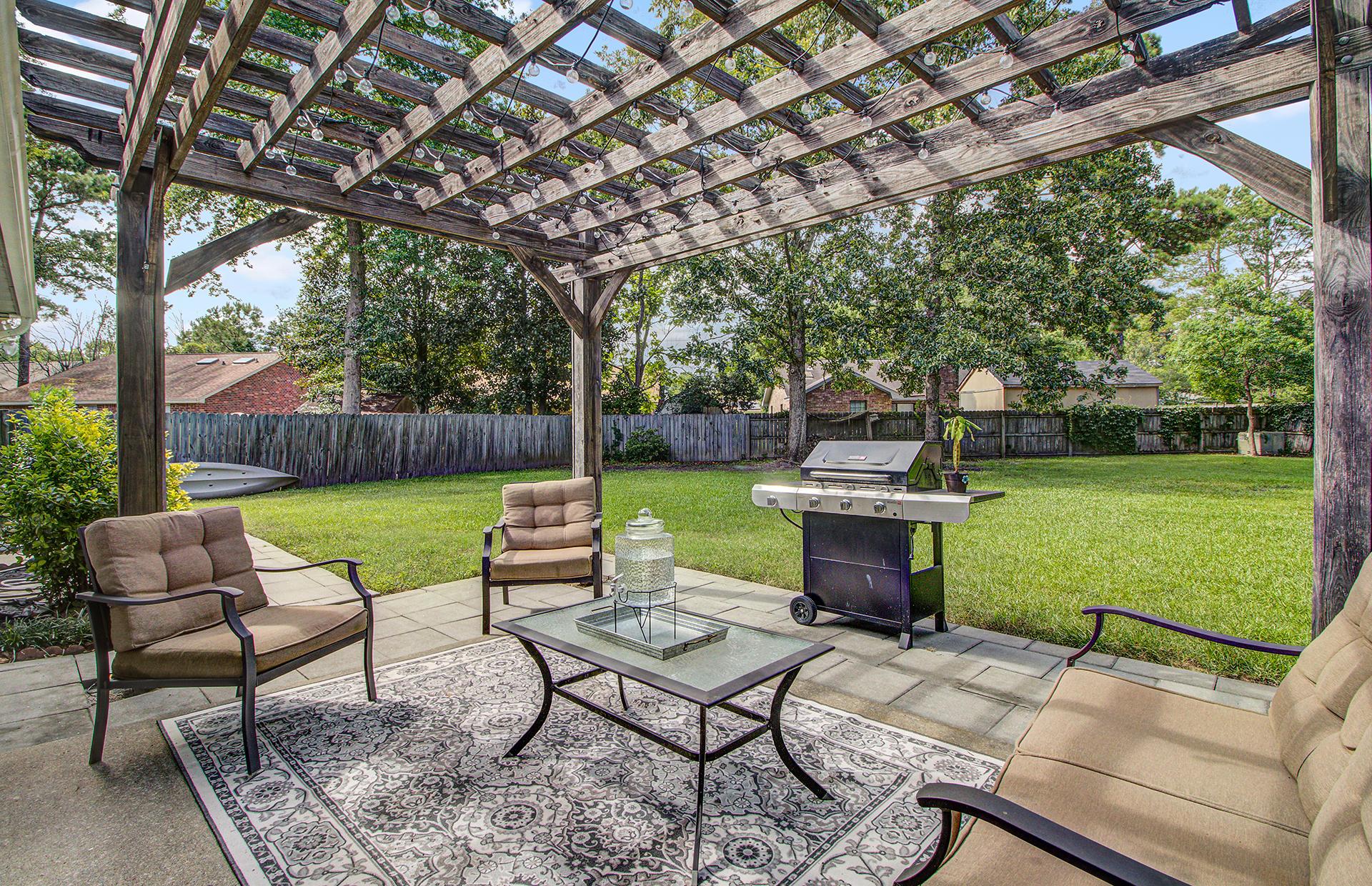 Reindeer Woods Homes For Sale - 2760 Donner, North Charleston, SC - 7