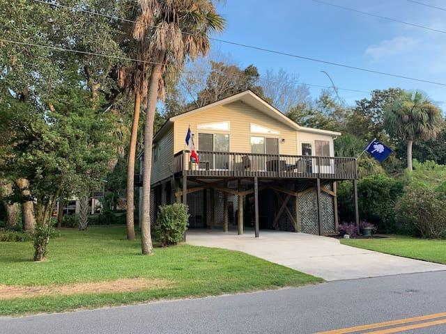 203 Huron Avenue Folly Beach $675,000.00