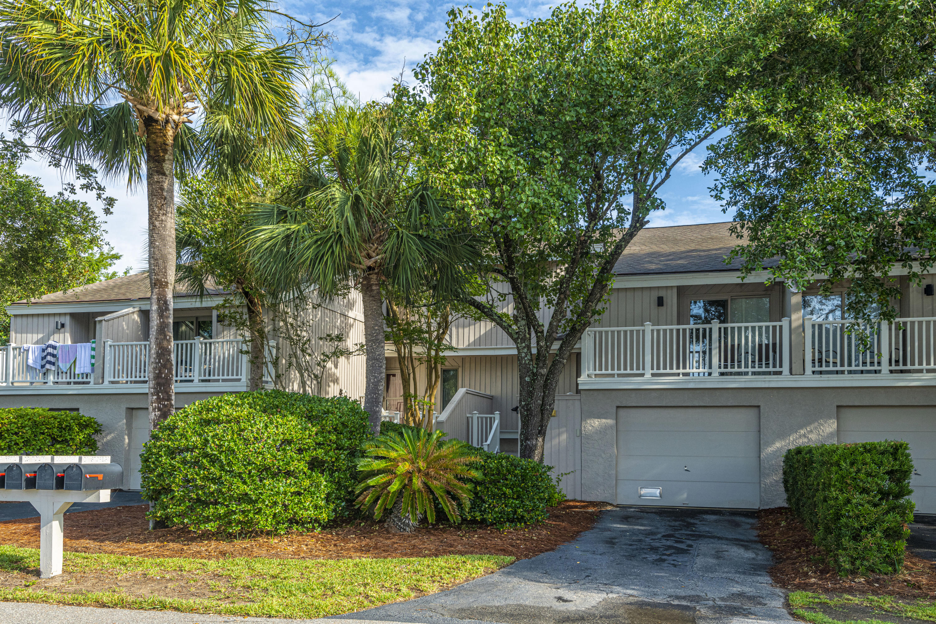 22 Racquet Club Isle of Palms $550,000.00