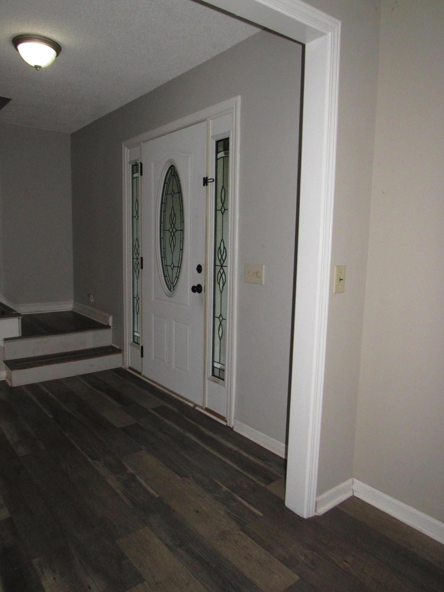 Ashborough Homes For Sale - 107 Tryon, Summerville, SC - 29