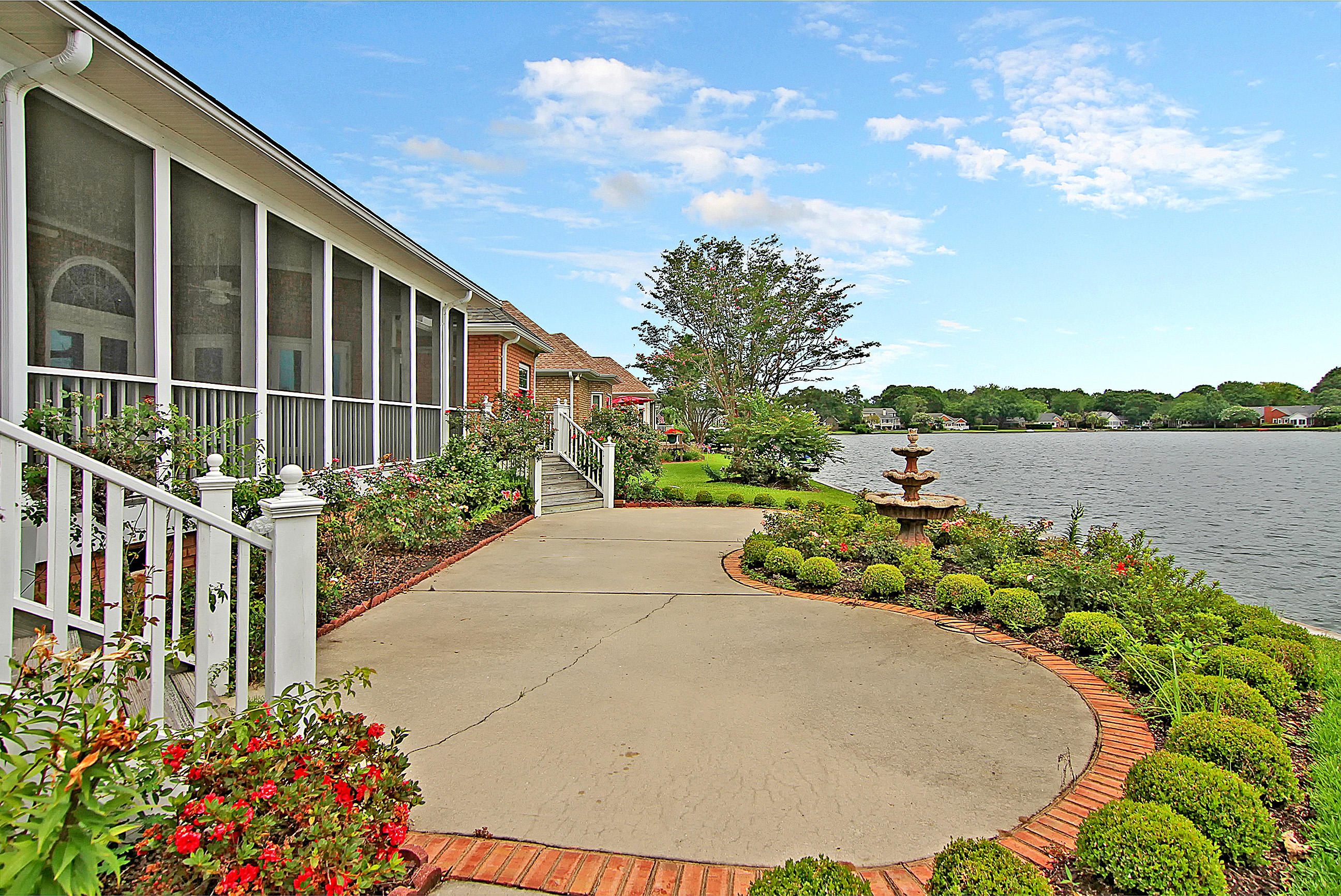 Hidden Lakes Homes For Sale - 1202 Waterfront, Mount Pleasant, SC - 28