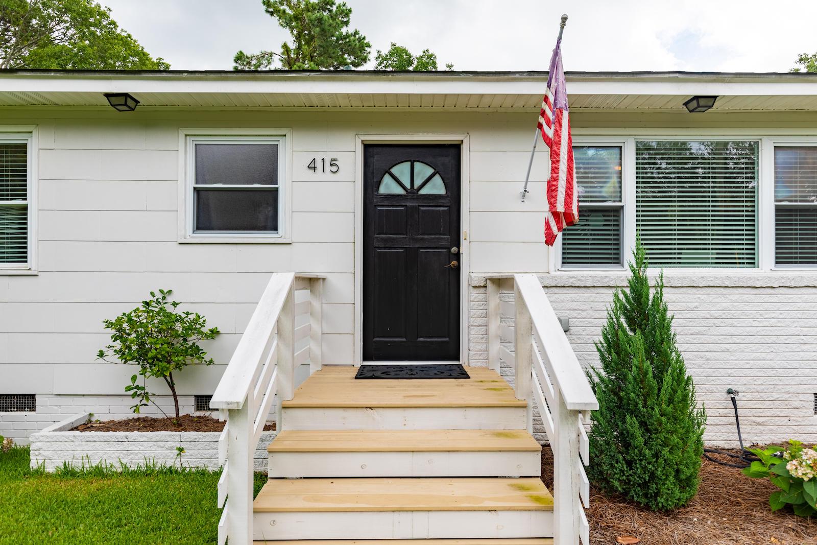 Green Acres Homes For Sale - 415 Limbaker, Charleston, SC - 6