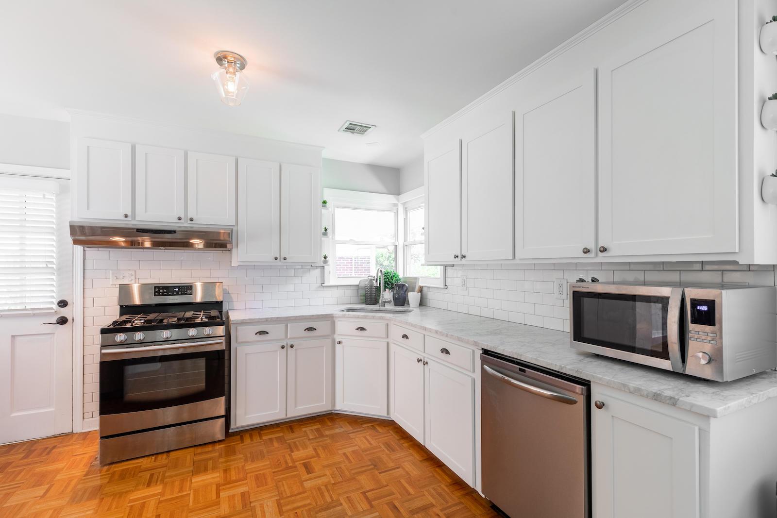 Green Acres Homes For Sale - 415 Limbaker, Charleston, SC - 9