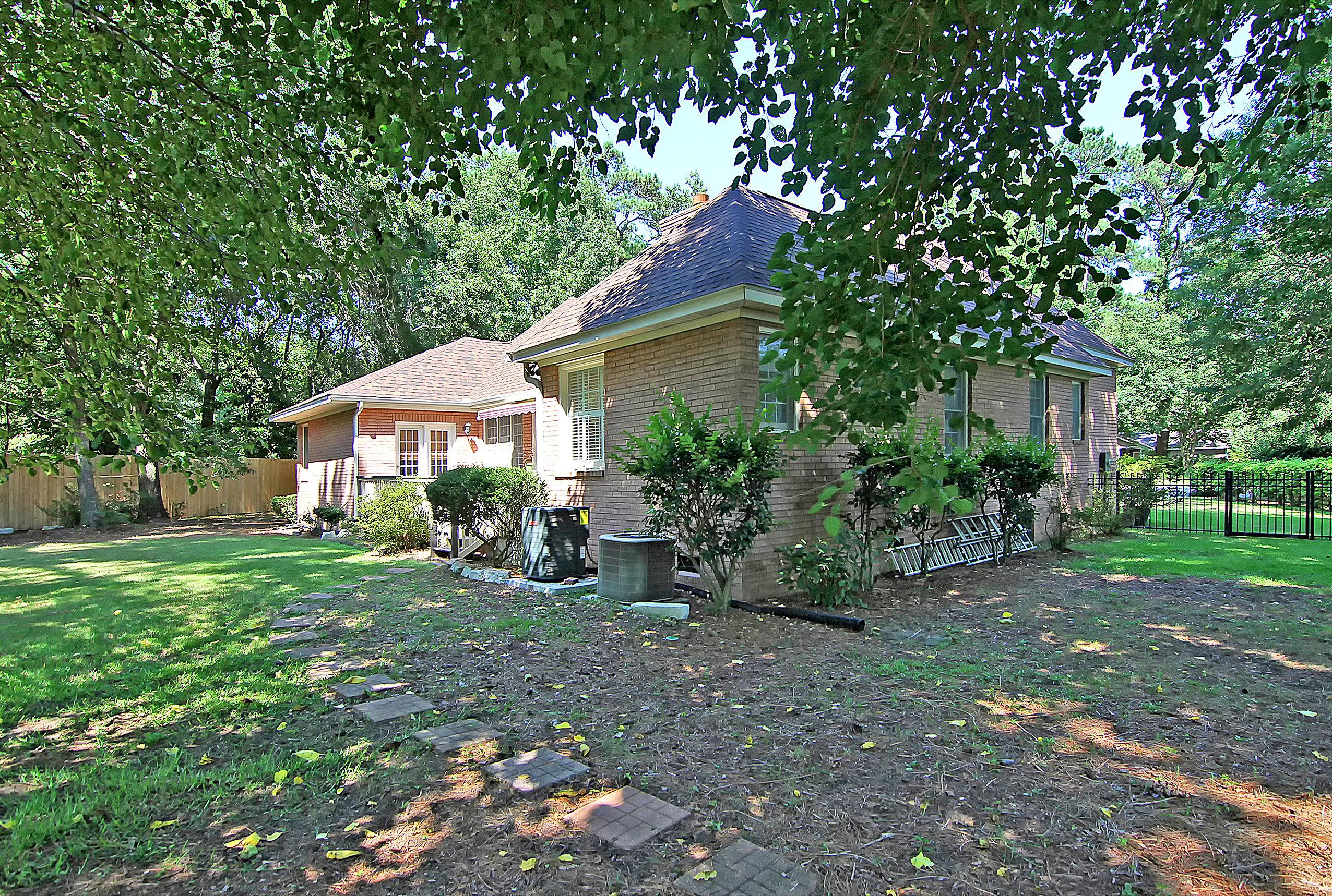 Snee Farm Homes For Sale - 1157 Shilling, Mount Pleasant, SC - 1