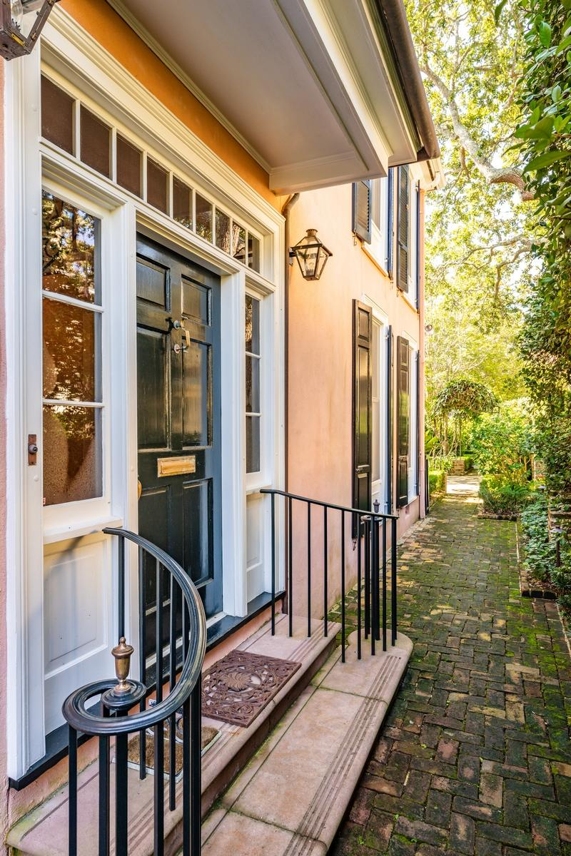 South of Broad Homes For Sale - 107 Tradd, Charleston, SC - 54