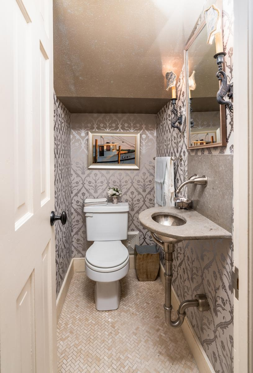 South of Broad Homes For Sale - 107 Tradd, Charleston, SC - 35