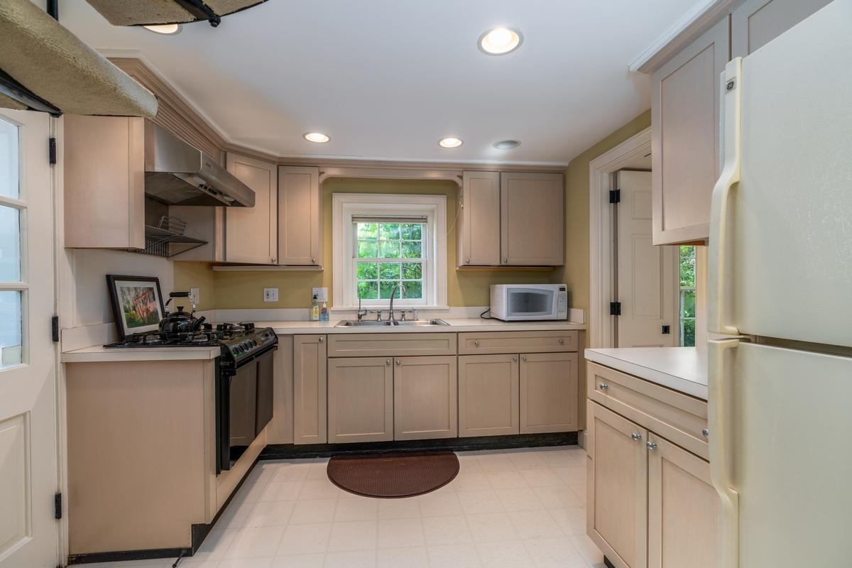 South of Broad Homes For Sale - 107 Tradd, Charleston, SC - 28