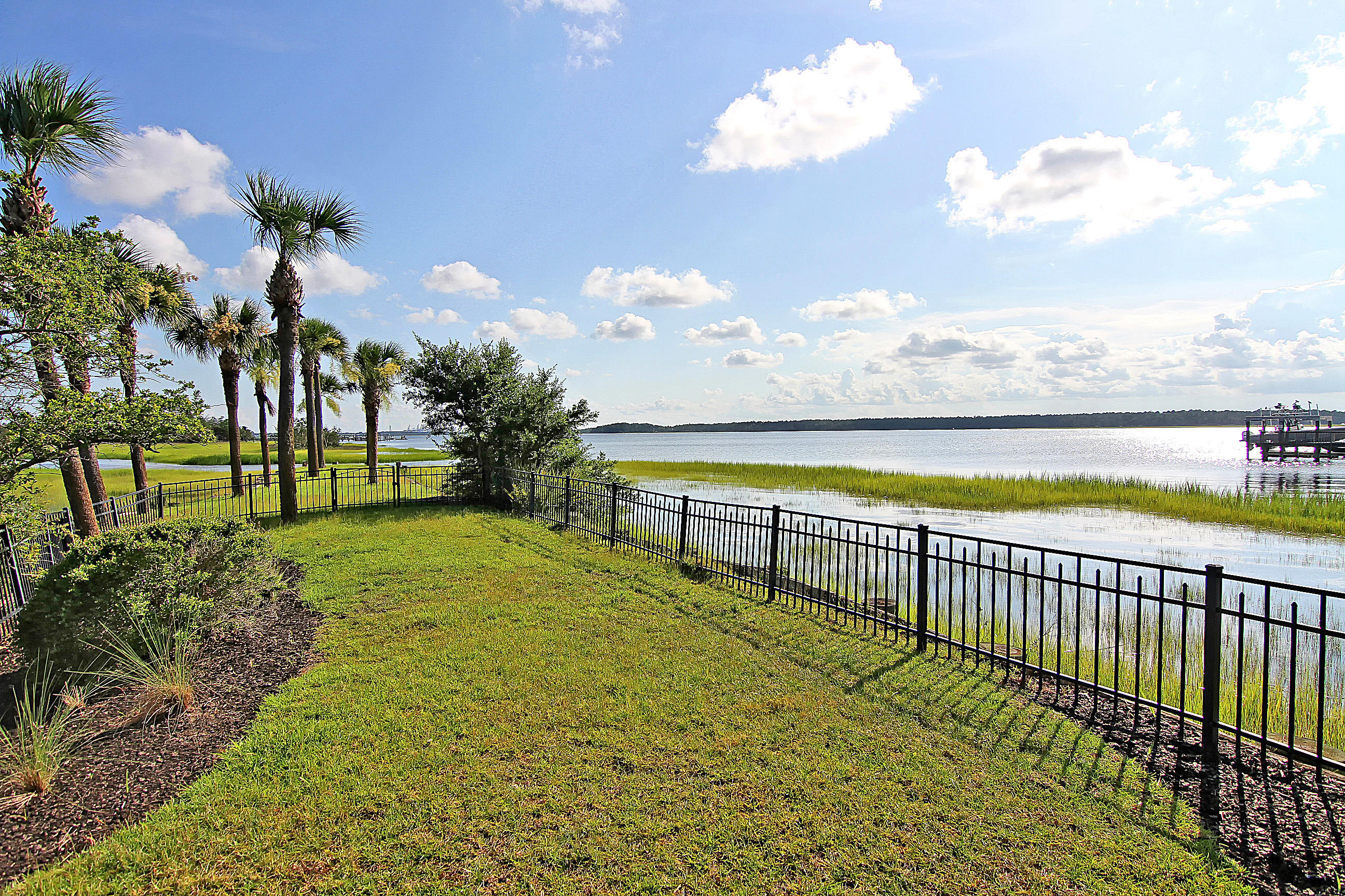 Rivertowne On The Wando Homes For Sale - 1954 Sandy Point, Mount Pleasant, SC - 47