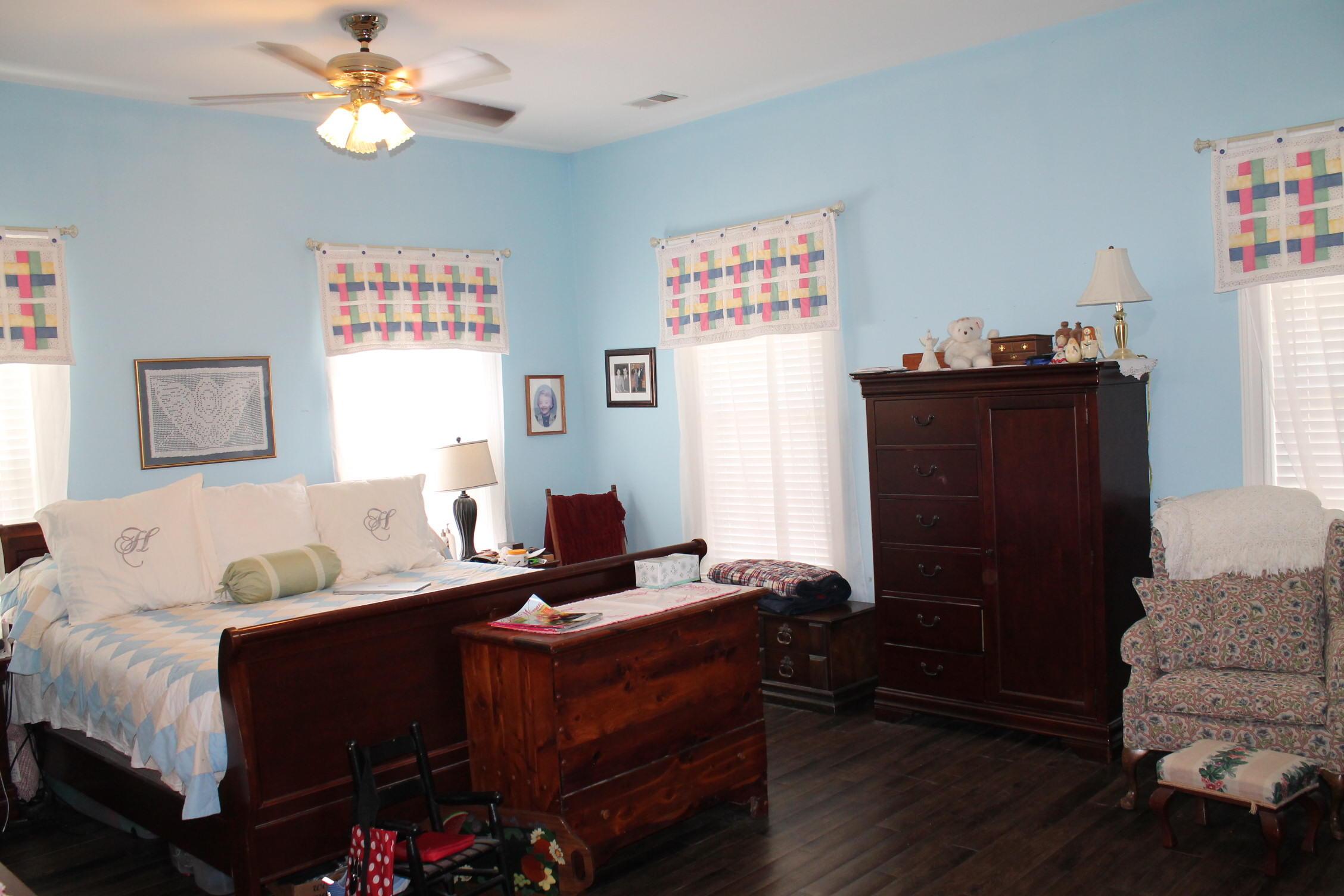 Summerset Acres Homes For Sale - 2108 Heavens, Summerville, SC - 8