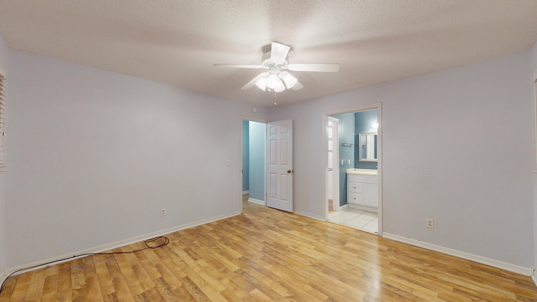 Evergreen Homes For Sale - 102 Mayfair, Summerville, SC - 10