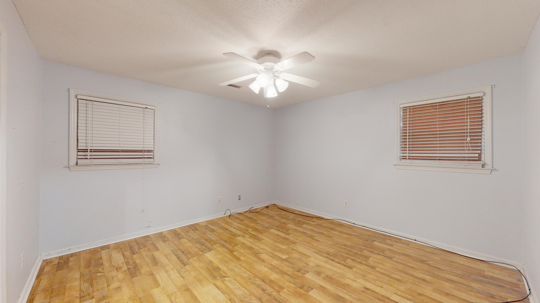 Evergreen Homes For Sale - 102 Mayfair, Summerville, SC - 2
