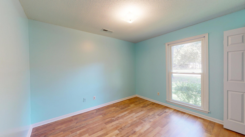 Evergreen Homes For Sale - 102 Mayfair, Summerville, SC - 7