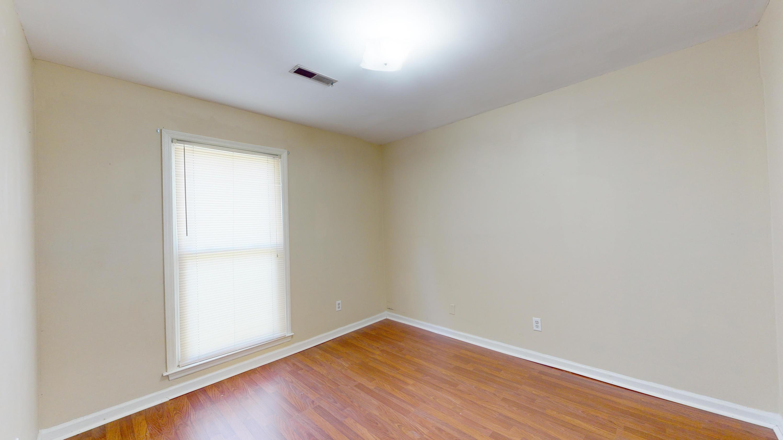Evergreen Homes For Sale - 102 Mayfair, Summerville, SC - 8