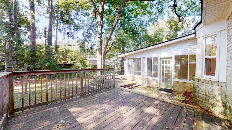Evergreen Homes For Sale - 102 Mayfair, Summerville, SC - 13
