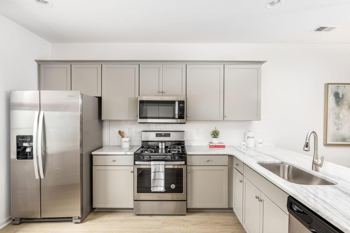 Cokers Commons Homes For Sale - 250 Kirkland, Goose Creek, SC - 2