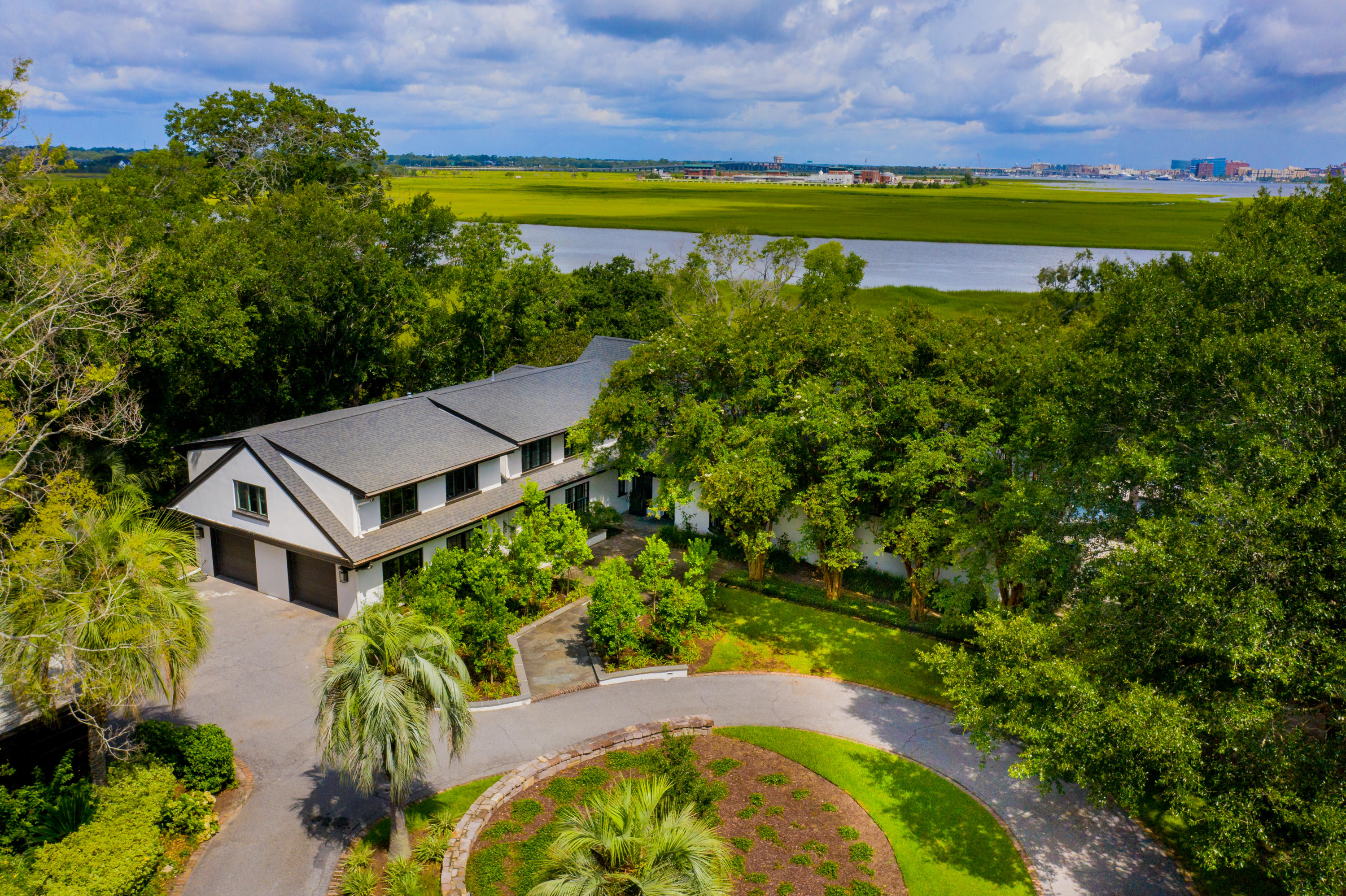 Lawton Bluff Homes For Sale - 607 Shore, Charleston, SC - 26