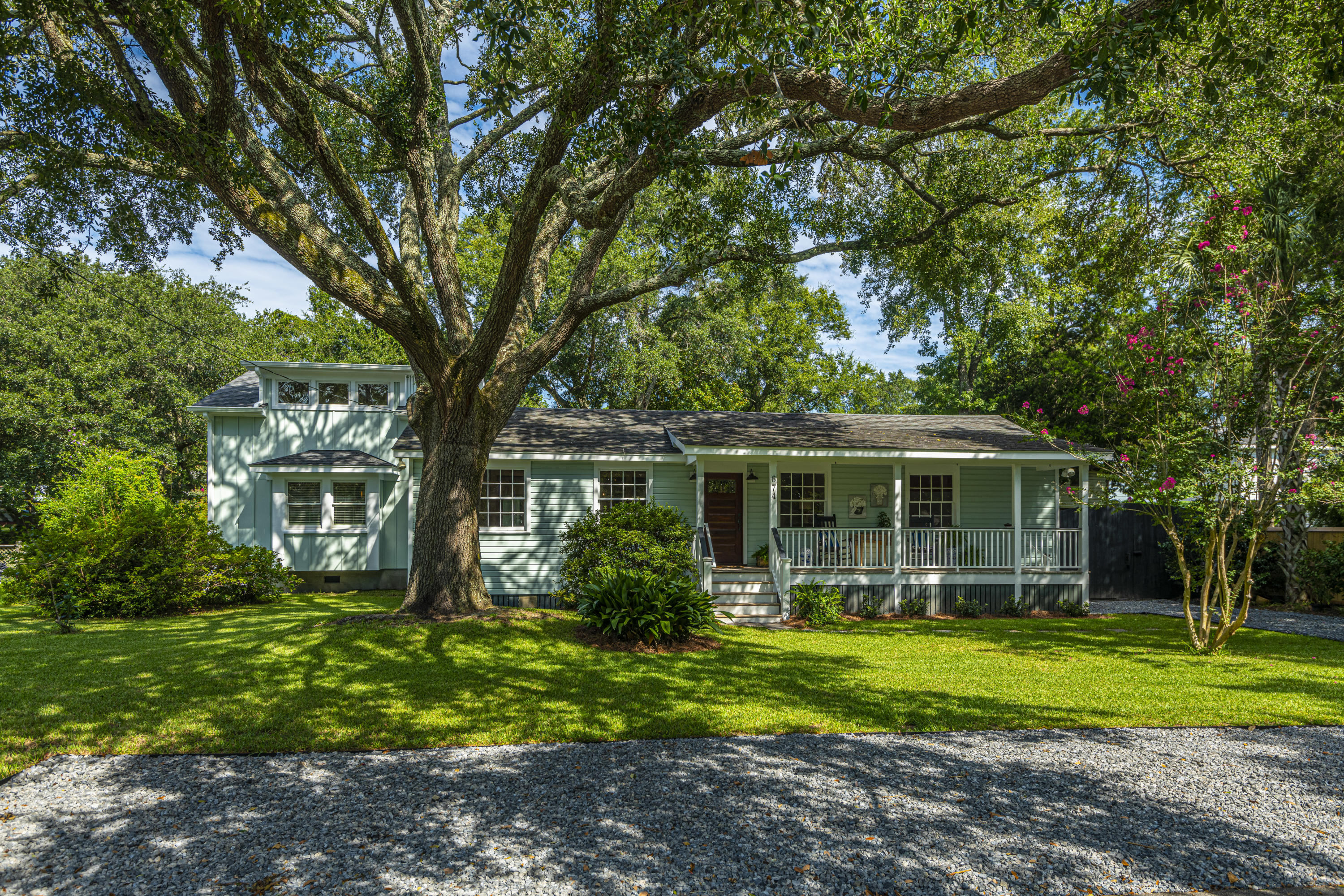 Old Mt Pleasant Homes For Sale - 674 Ferry, Mount Pleasant, SC - 27