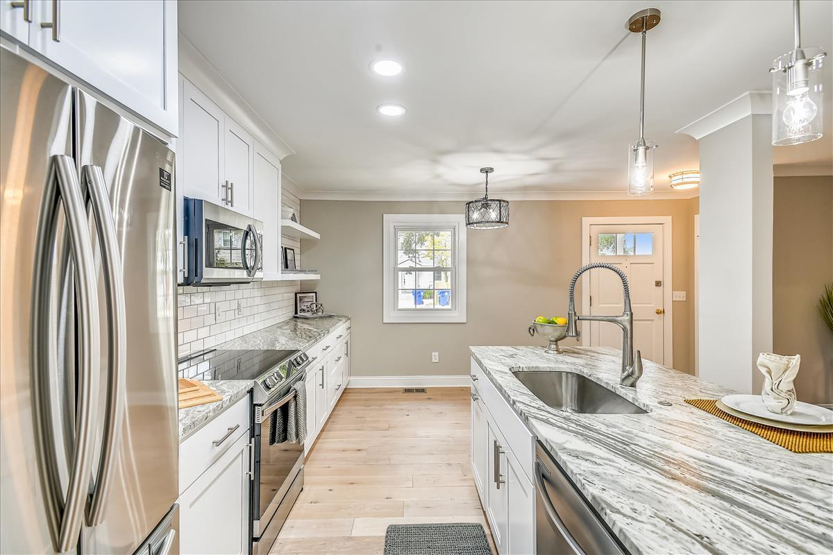 Myrtle Acres Homes For Sale - 955 Myrtle, Mount Pleasant, SC - 8