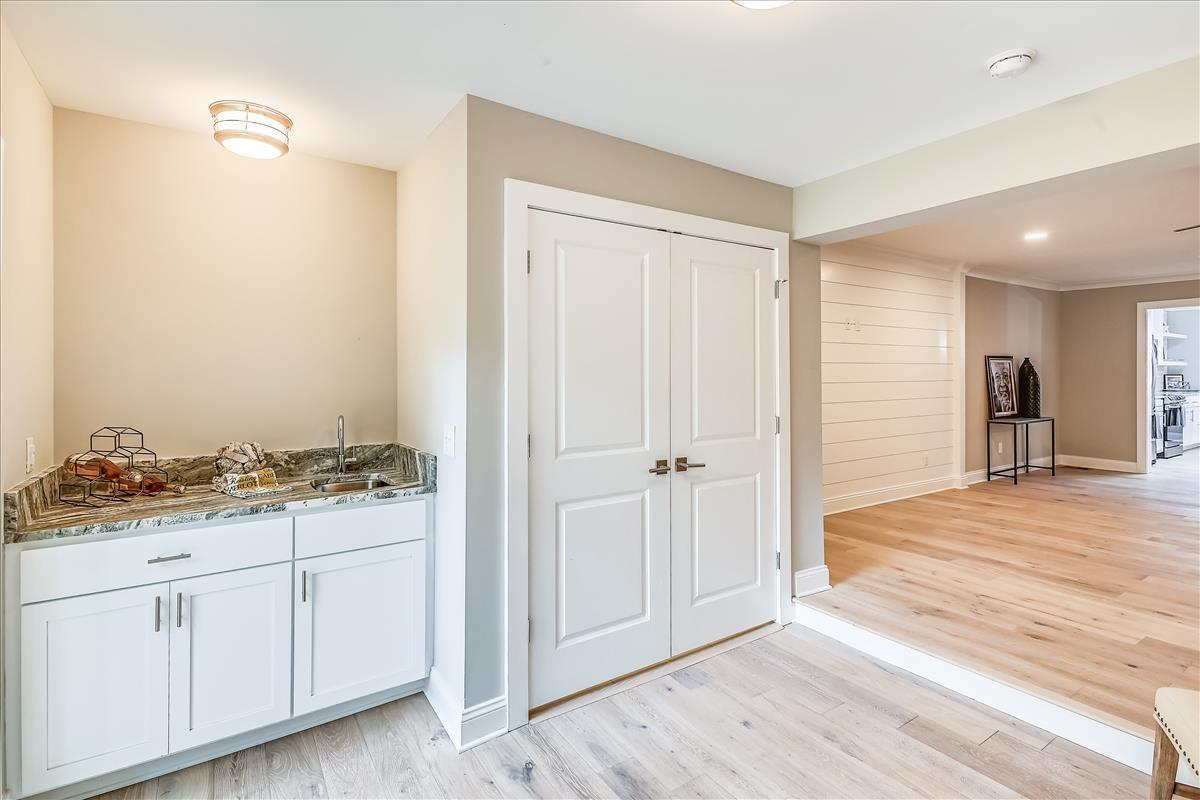 Myrtle Acres Homes For Sale - 955 Myrtle, Mount Pleasant, SC - 33