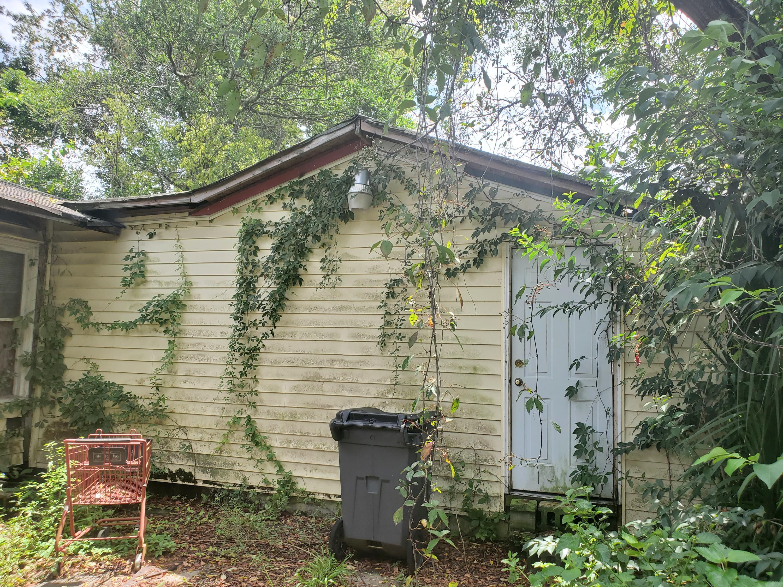 Windsor Place Homes For Sale - 2025 Hampton, North Charleston, SC - 0