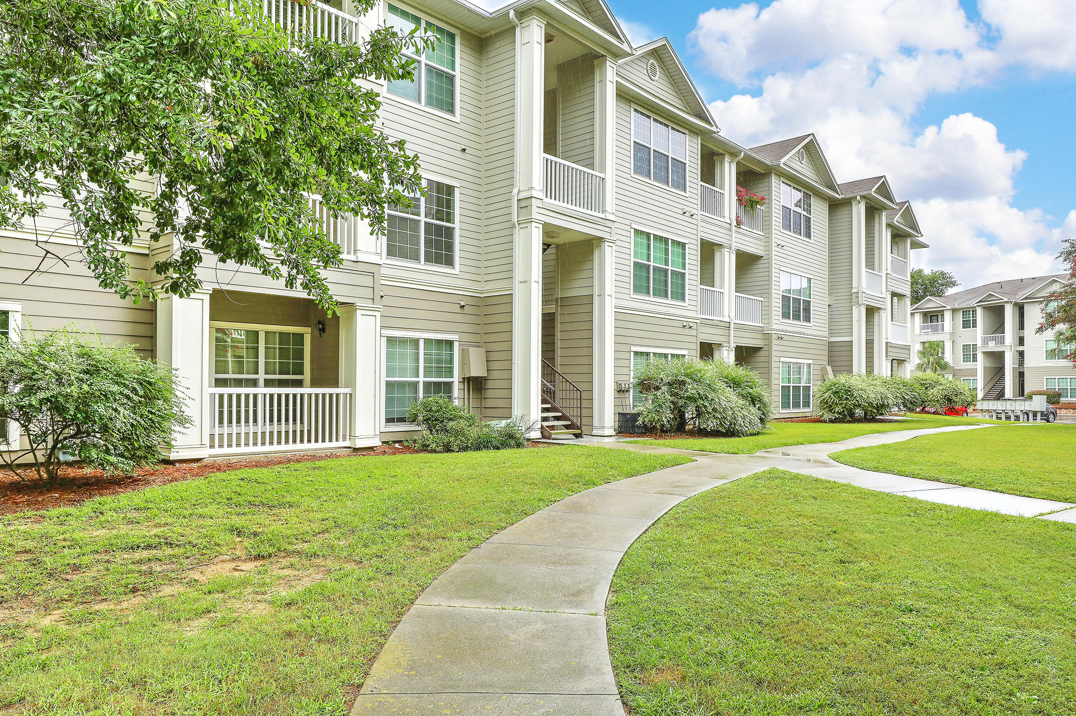 The Peninsula Condominiums Homes For Sale - 700 Daniel Ellis, Charleston, SC - 33