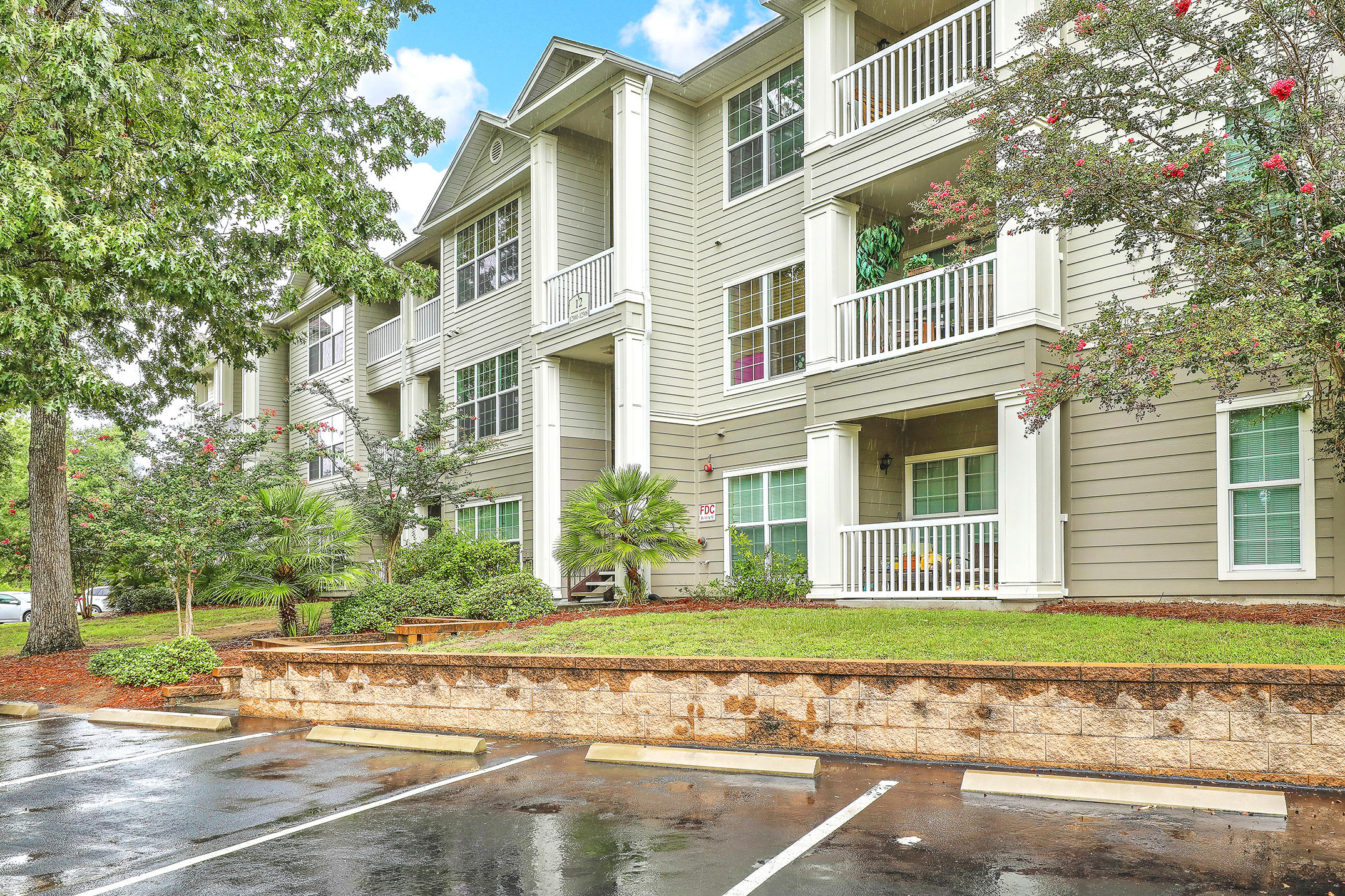 The Peninsula Condominiums Homes For Sale - 700 Daniel Ellis, Charleston, SC - 26