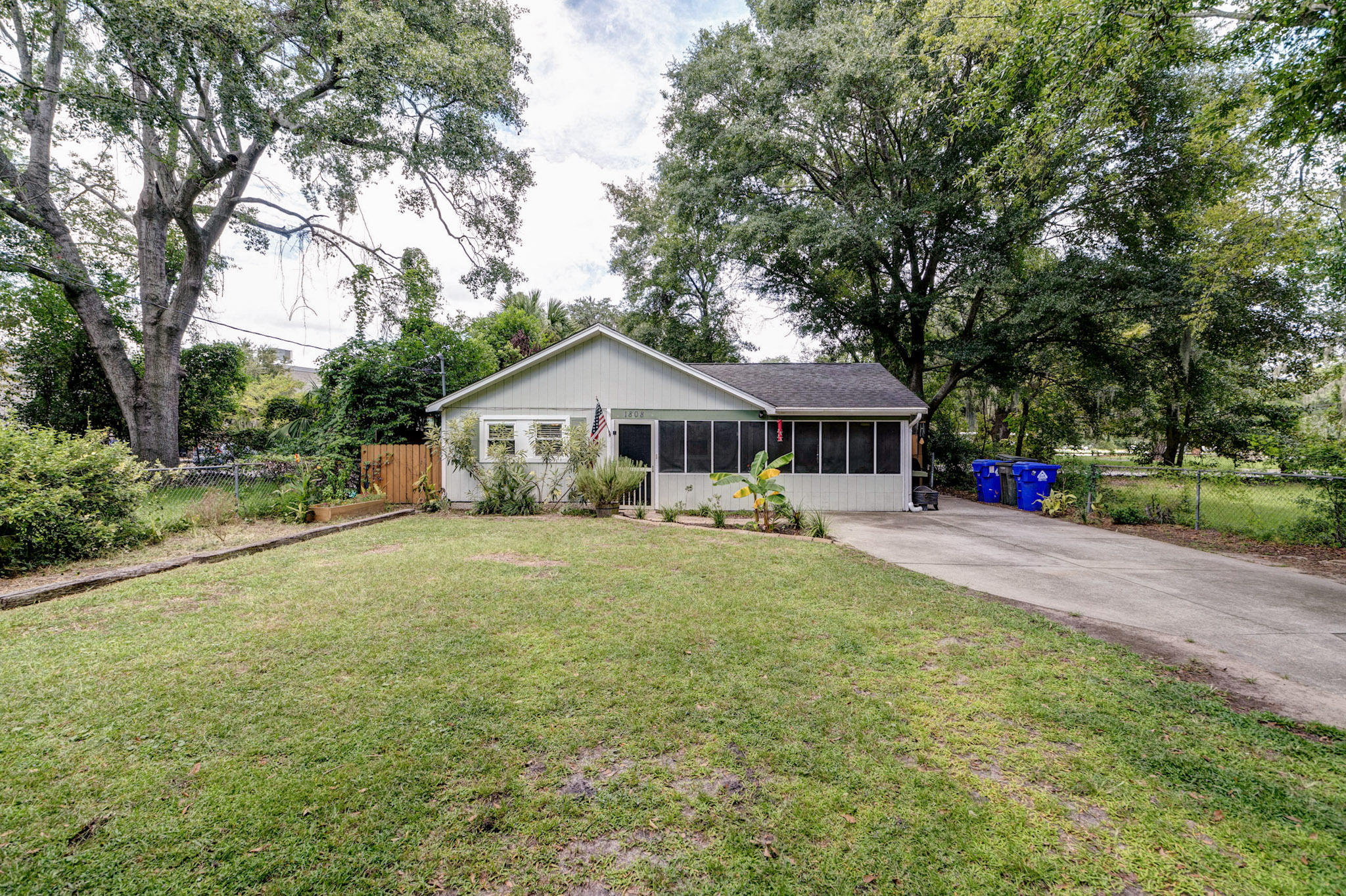 St Andrews Homes For Sale - 1808 2nd, Charleston, SC - 27