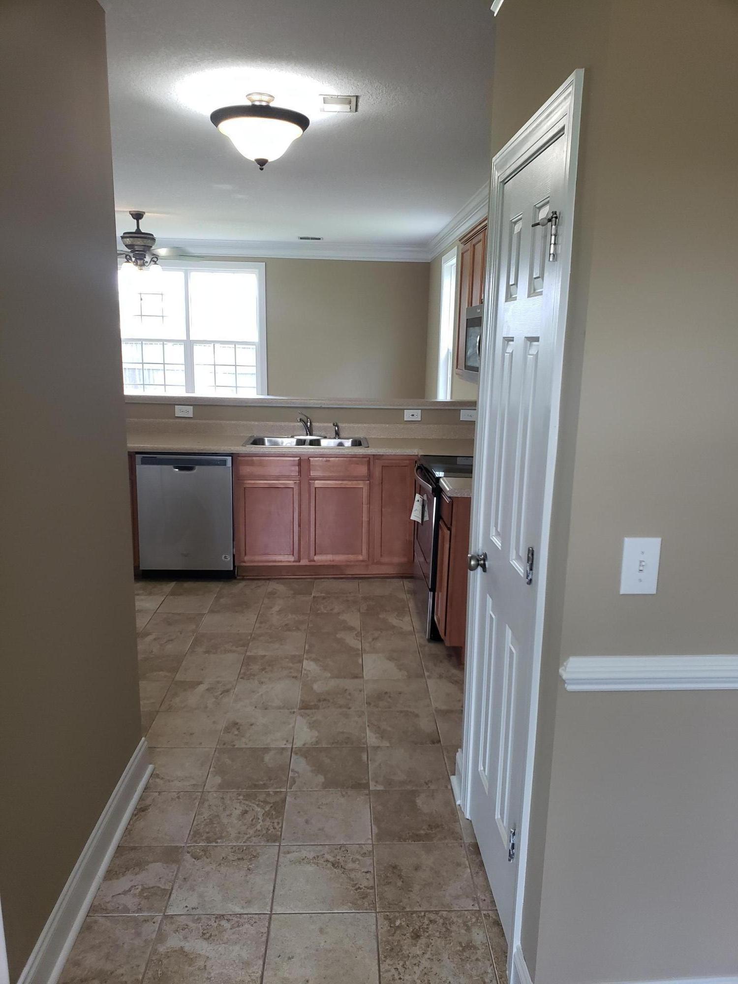 Montague Pointe Homes For Sale - 100 Gavins, Goose Creek, SC - 19